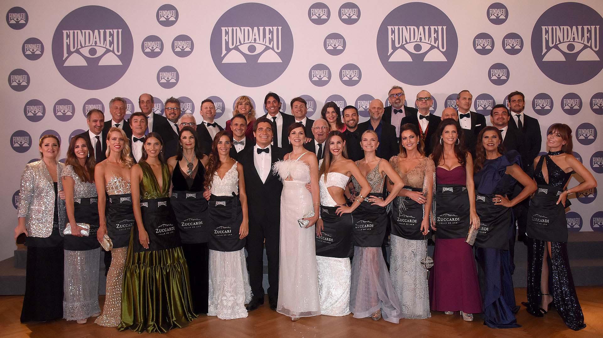 """Hace 24 años que las celebridades acompañan a Fundaleu en calidad de """"Celebrity Waiters"""" y se convierten en los protagonistas de la velada solidaria a favor de la vida y para combatir la leucemia"""