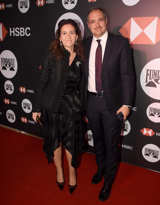Diego Cabot y su mujer