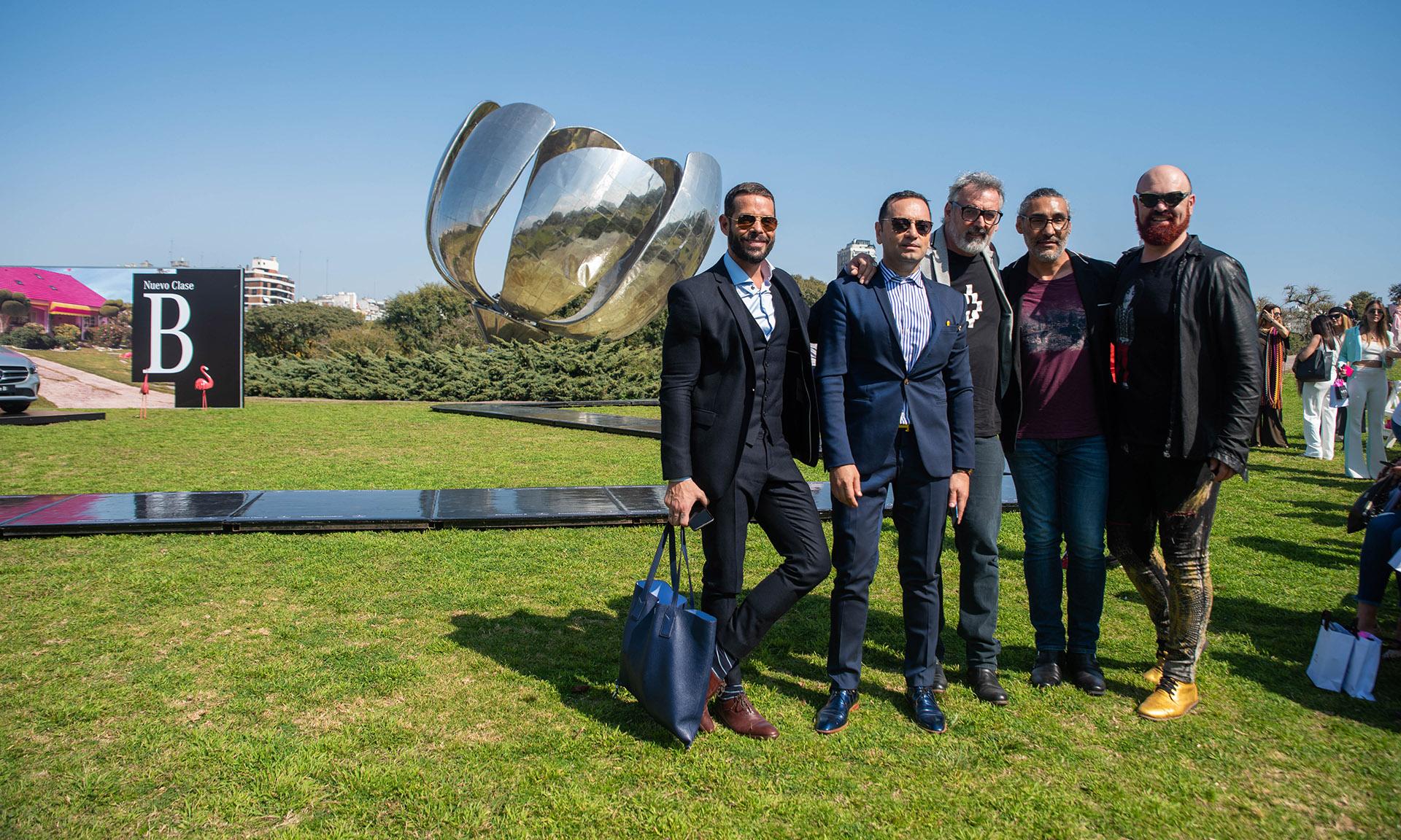 Mariano Caprarola, Fabián Medina Flores, Benito Fernández y Zeus