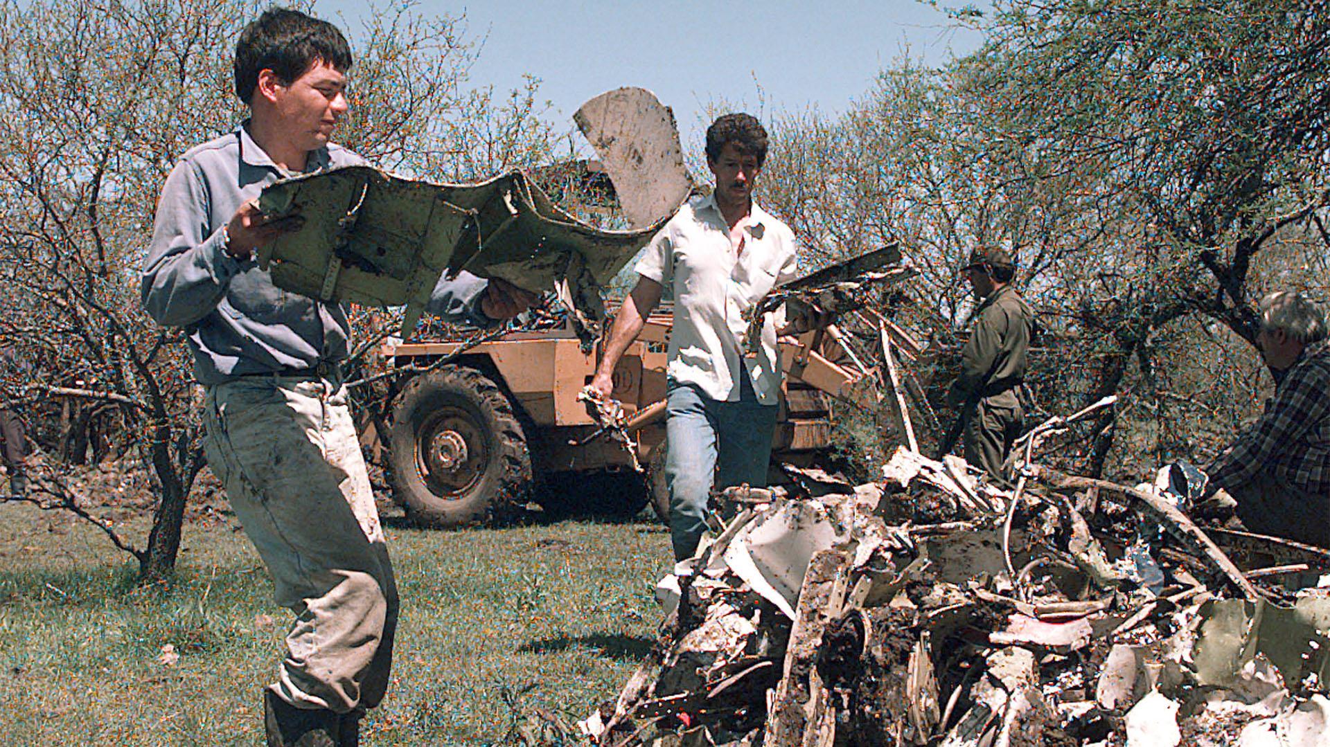 """Dios mío! ¡Nos matamos, nos matamos!"""": el estremecedor audio de los pilotos  de la tragedia de Austral - Infobae"""