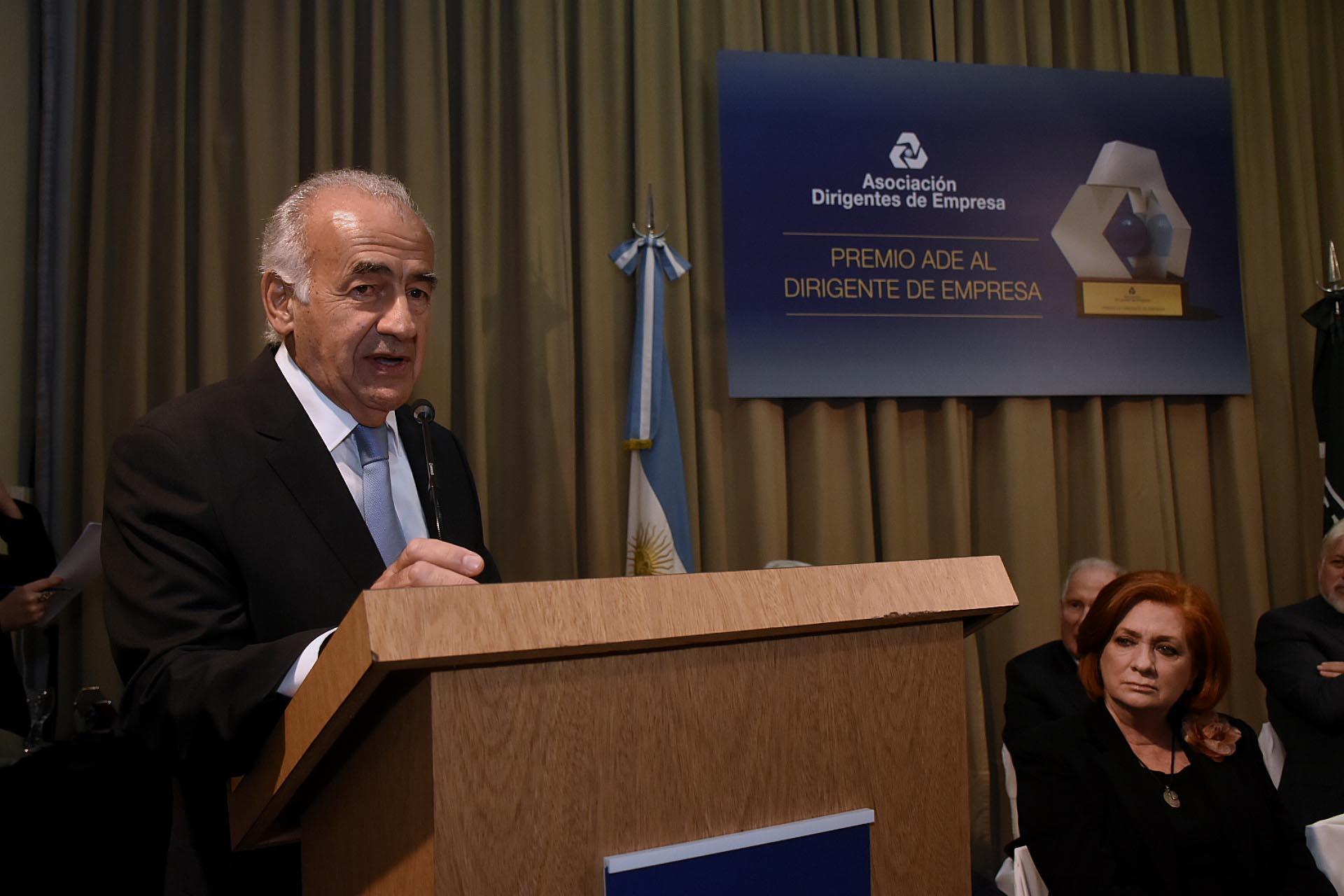 """Antonio Assefh, presidente de la Asociación Dirigentes de Empresa (ADE), durante su discurso en la entrega de premios: """"Que el trabajo de estos dirigentes sirva de ejemplo para otras generaciones"""", resaltó"""