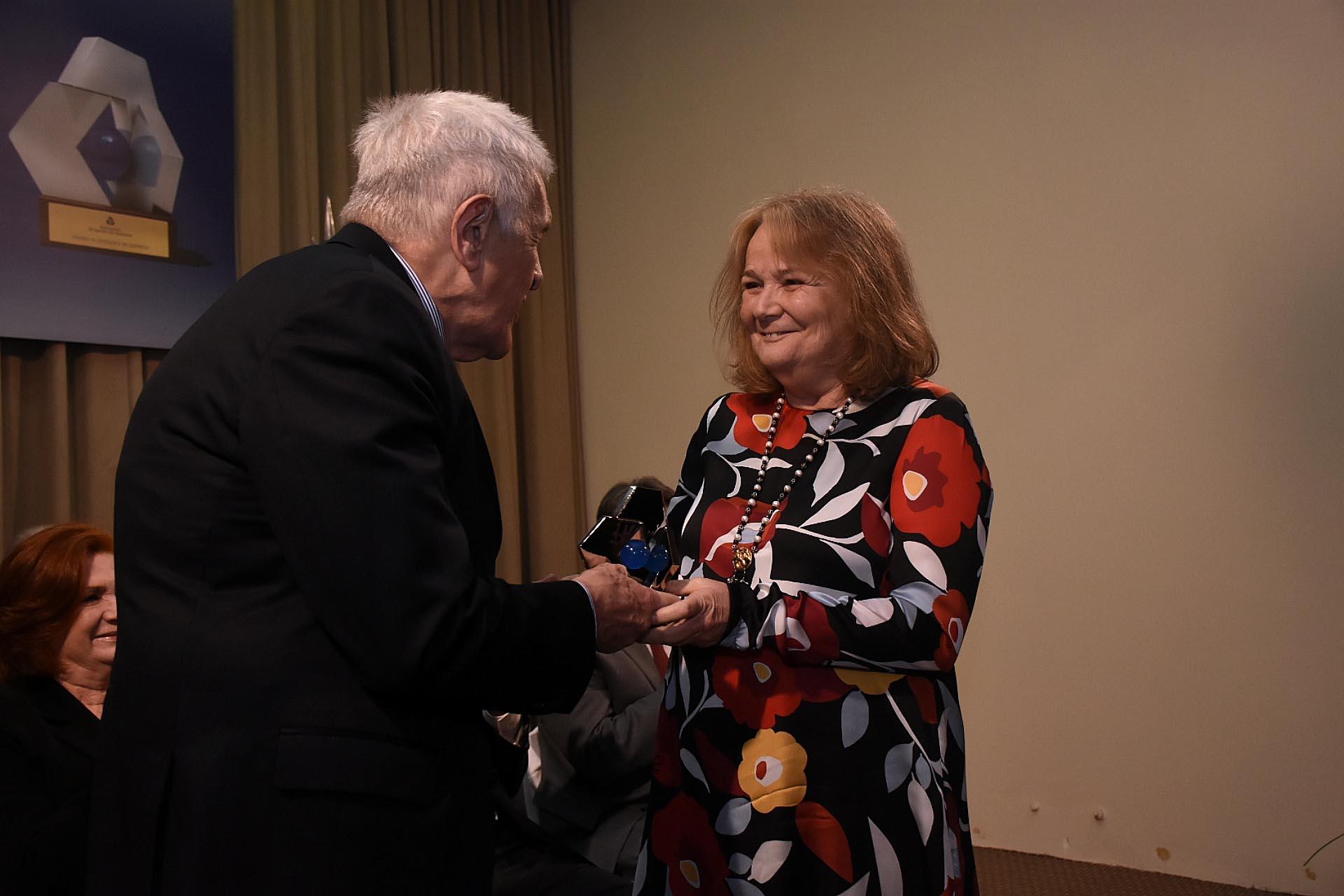 María Luisa Macchiavello, directora Droguería del Sud S.A. fue distinguida en la categoría 'Comercio'