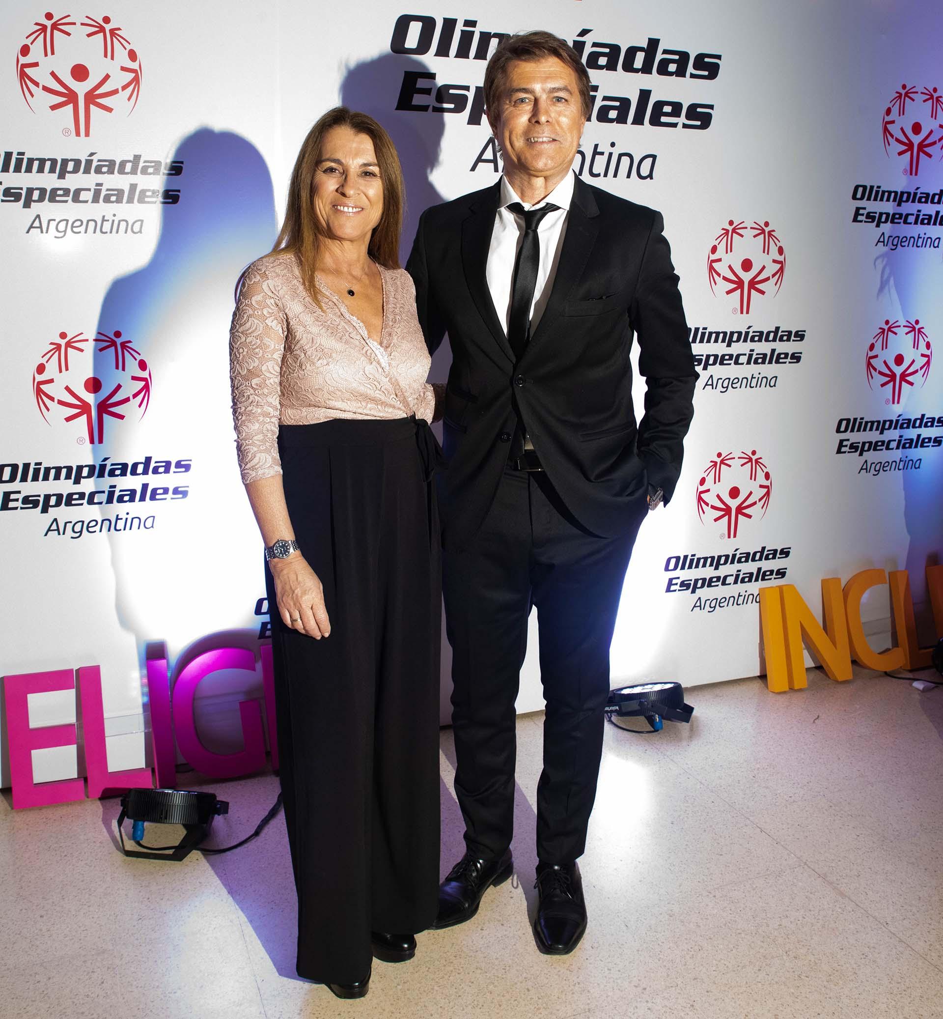 Gabriel Corrado y su esposa Constanza Feraud