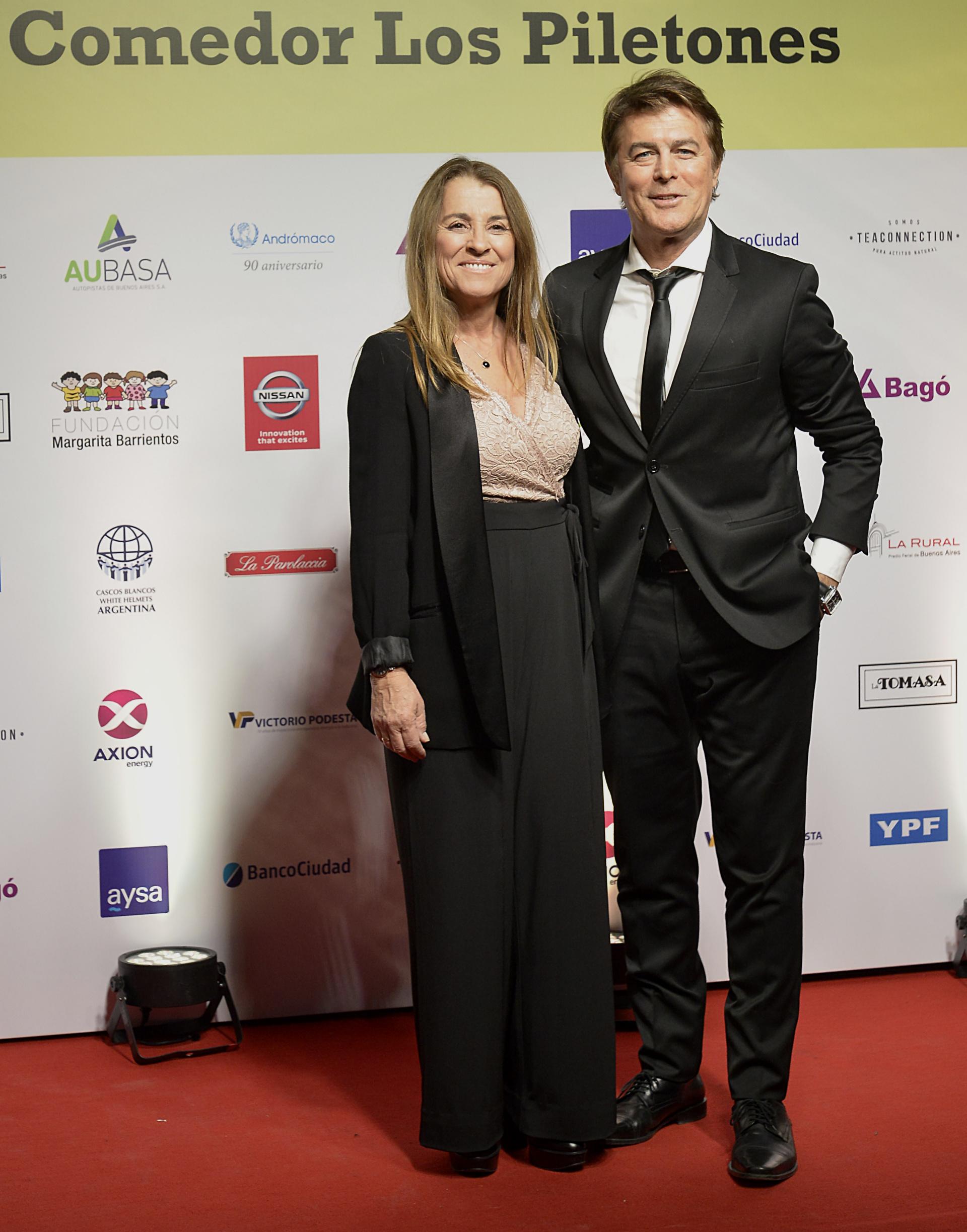 Gabriel Corrado junto a su mujer Constanza Feraud