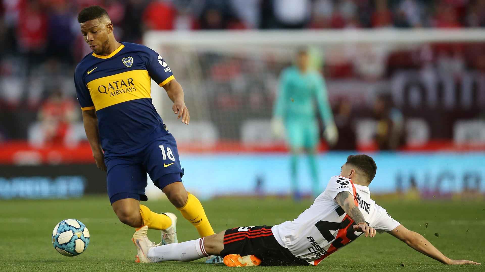 Sobre el final, Boca tuvo más la pelota y se acercó al arco de Armani pero sin poder romper la paridad
