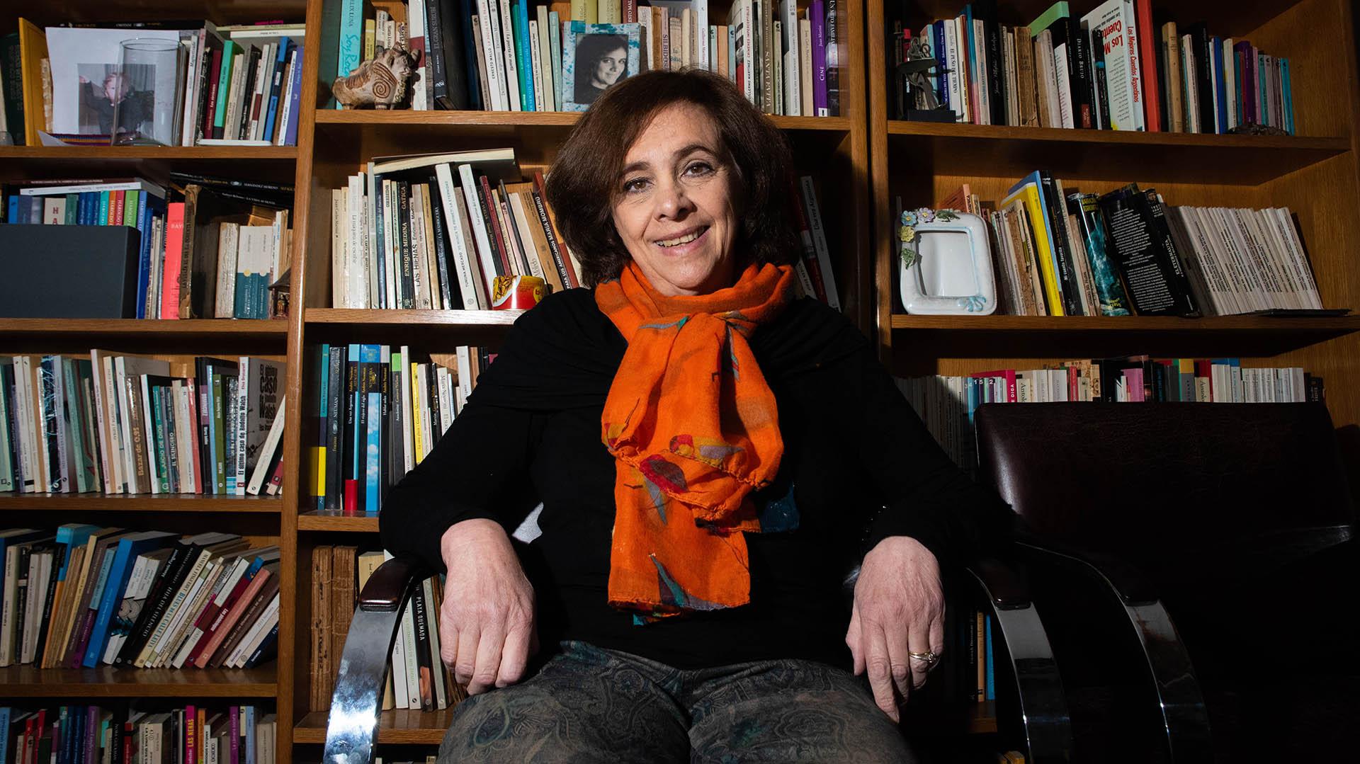 Microrrelato, poesía, novela, literatura infantil: una conversación con Ana  María Shua, la dama de todos los géneros - Infobae