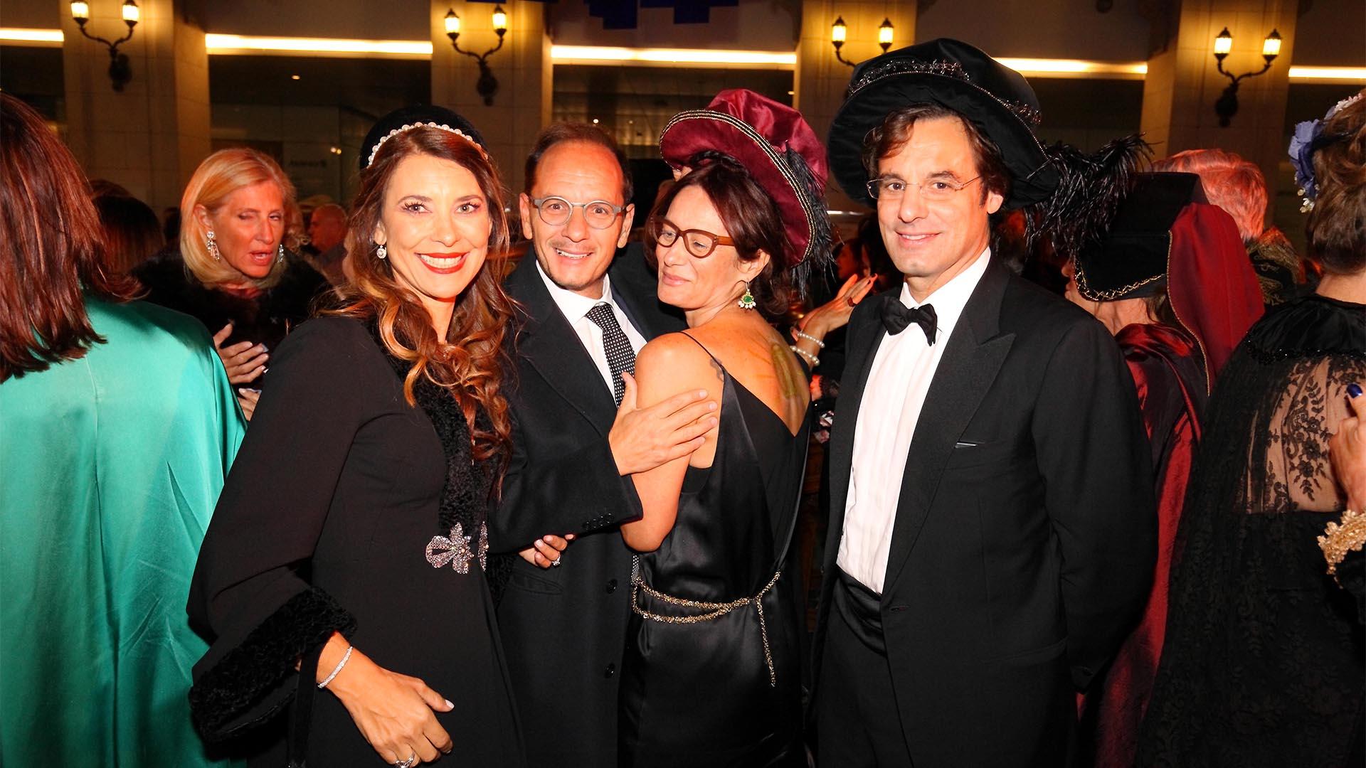 10. Adriana Batán de Rocca, Giuseppe y Alma Manzo y Lodovico Rocca