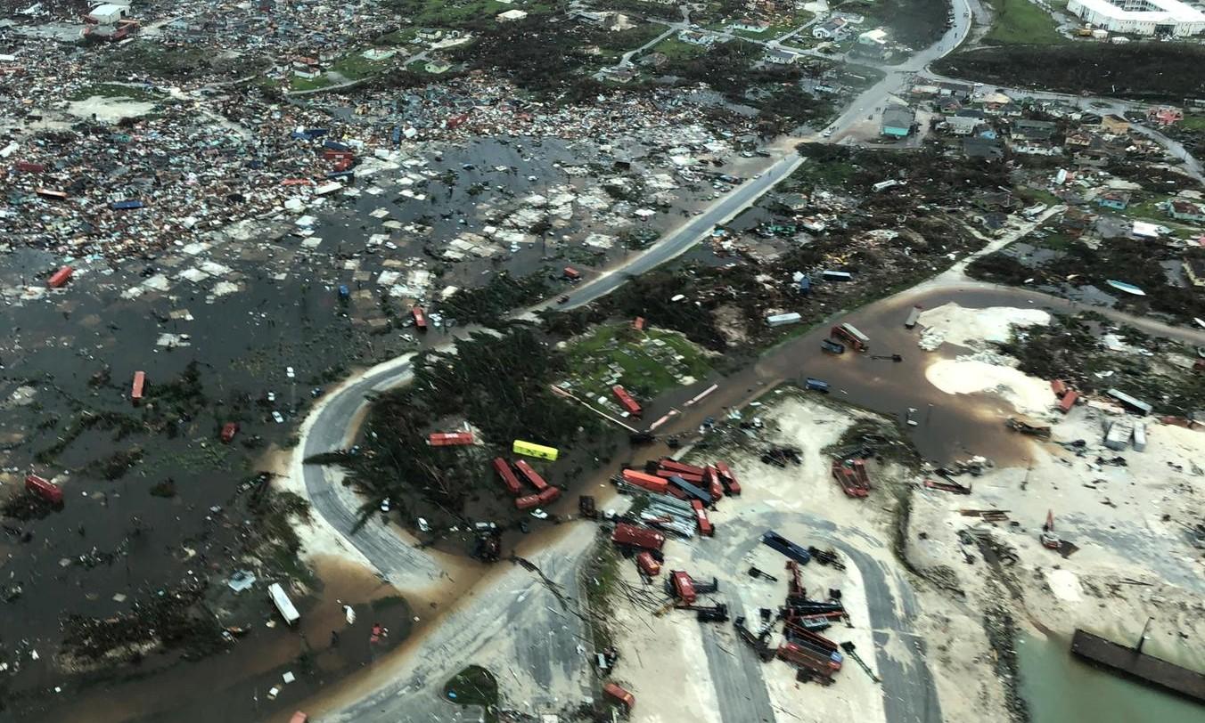 """""""Estamos en medio de una de las crisis más grandes que ha sufrido Bahamas en su historia"""", subrayó el primer ministro de Bahamas (Reuters)"""