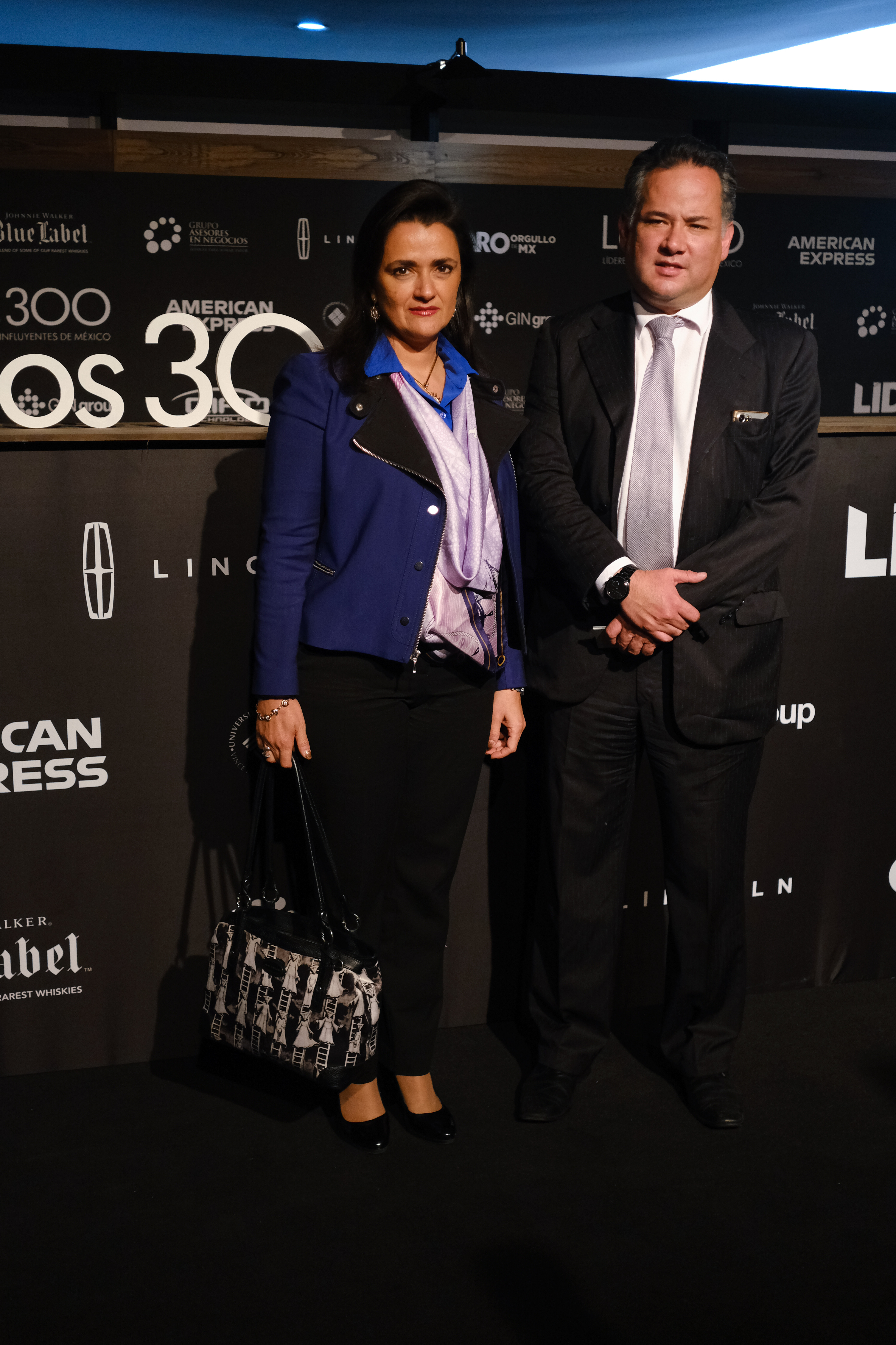 Margarita Ríos Farjat, titular del Servicio de Administración Tributaria (SAT) y Santiago Nieto