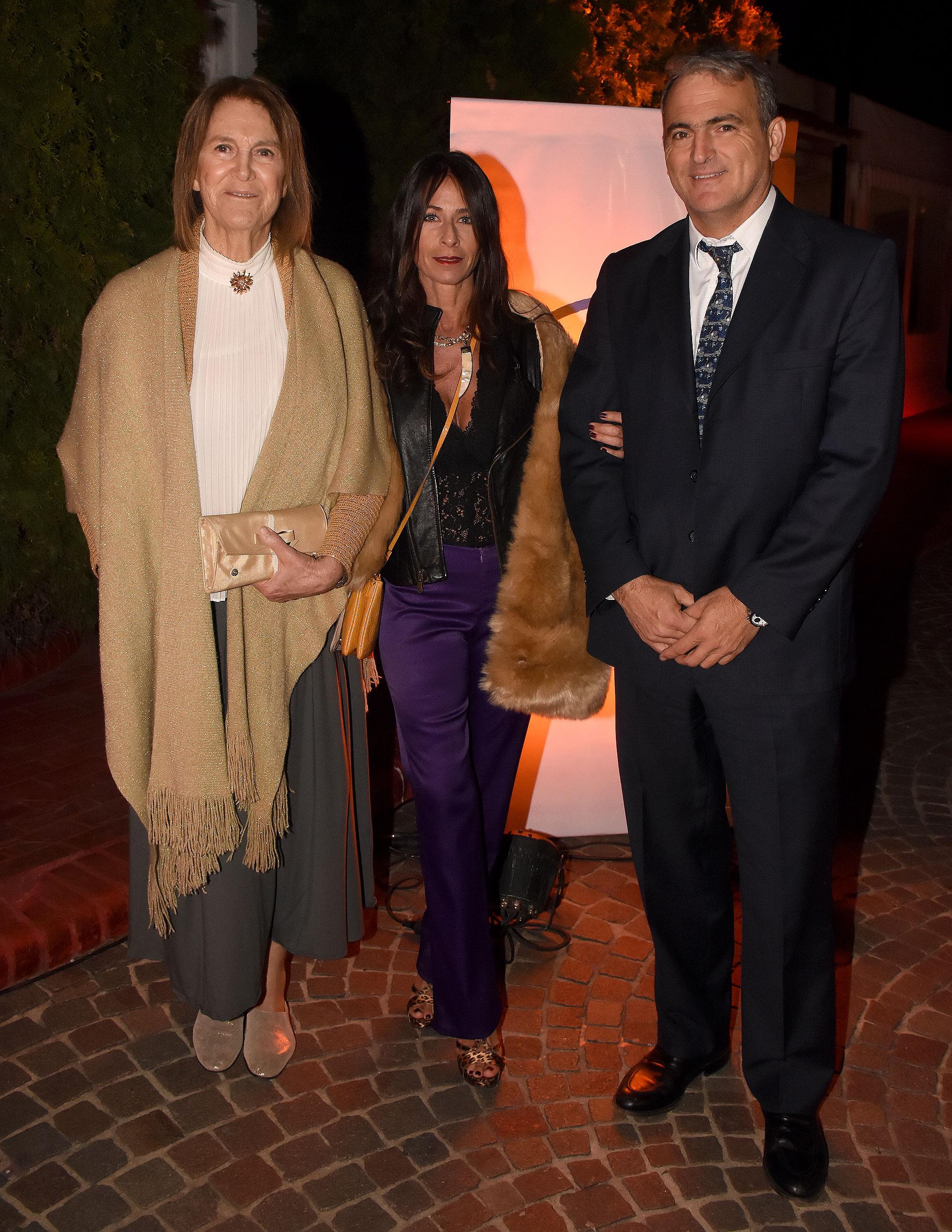 María Elina Frers junto a Mariana Ongay y Federico Bullrich