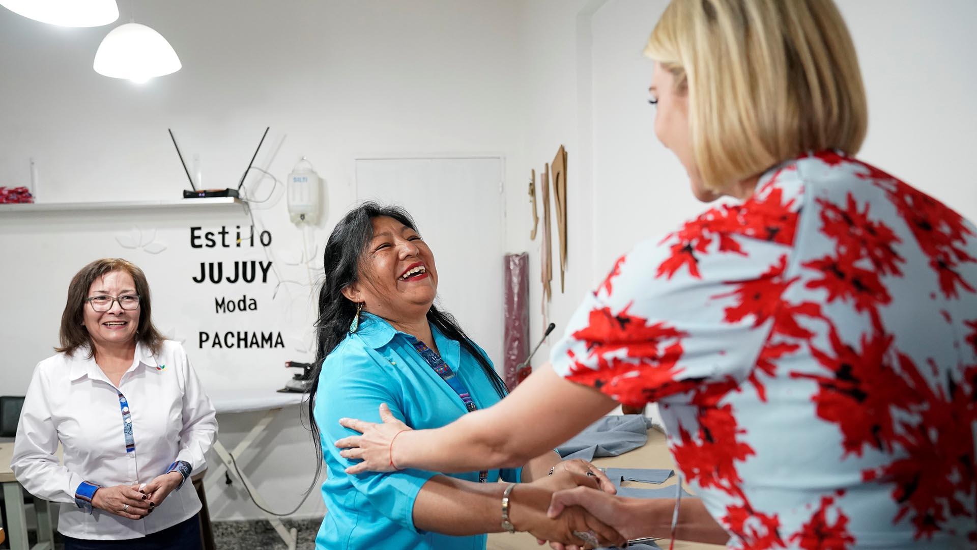 """""""Estilo Jujuy, Moda Pachama"""",es uno de los locales que recibió microcréditos de los Estados Unidos en el marco de un programa de empoderamiento de mujeres"""