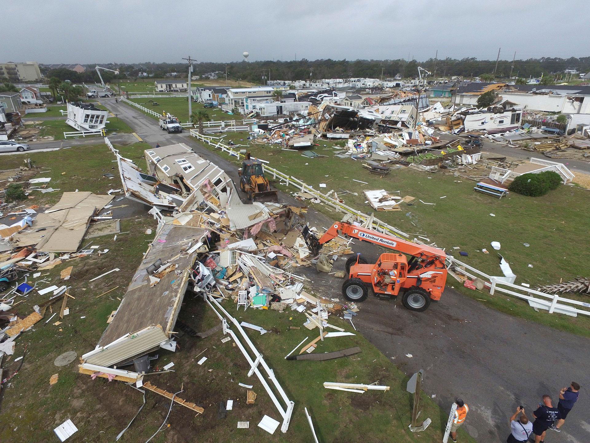 El huracán Dorian tocó tierra en el cabo Hatteras, en Carolina del Norte (AP)