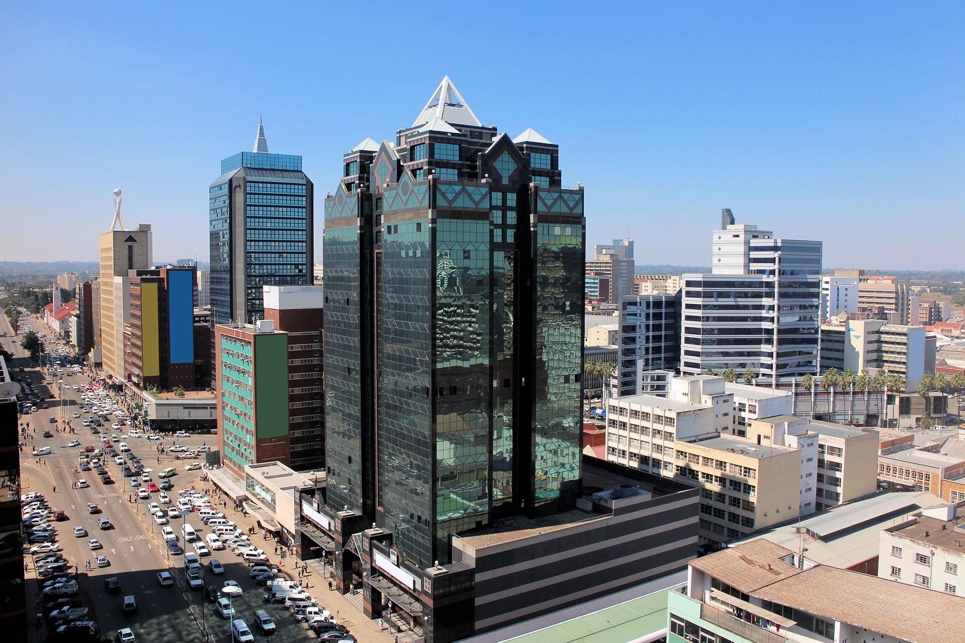 La capital de Zimbabwe es la más poblada del país. Rodeada de altos edificios, son muchos los factores que determinaron que esta ciudad se encuentre en las menos habitables,como la inseguridad
