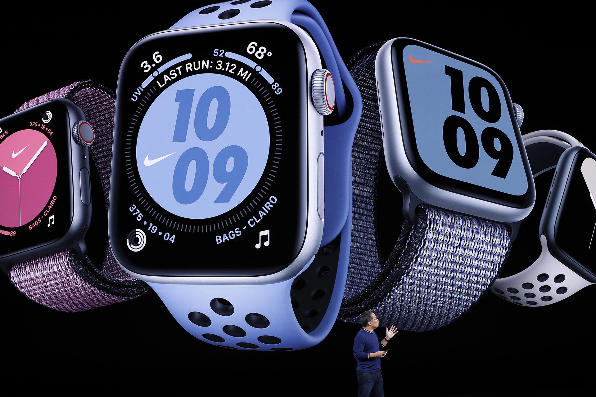 Stan Ng presentó el nuevo Apple Watch (REUTERS/Stephen Lam)