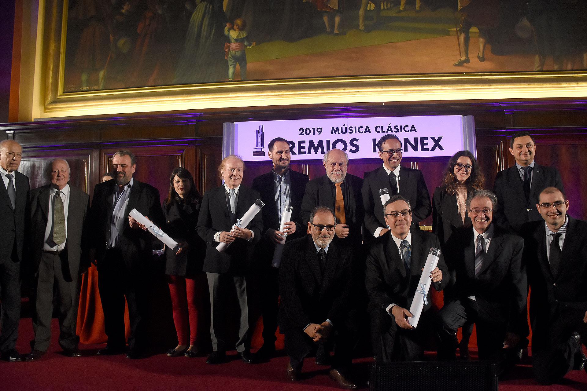 En la disciplina orquesta, los representantes de la La Orquesta Estable del Teatro Colón, la Orquesta Filarmónica de Buenos Aires, la osquesta Sinfónica de Córdoba, la de Entre Rios y la Orquesta Sinfónica Nacional