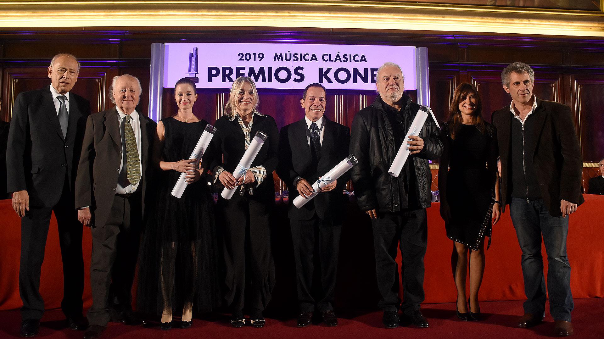 En la disciplina de instrumentistas diversos, Luis Caparra, Dolores Costoyas, Eduardo Isaac, Pablo Mainetti y María Luisa Rayan