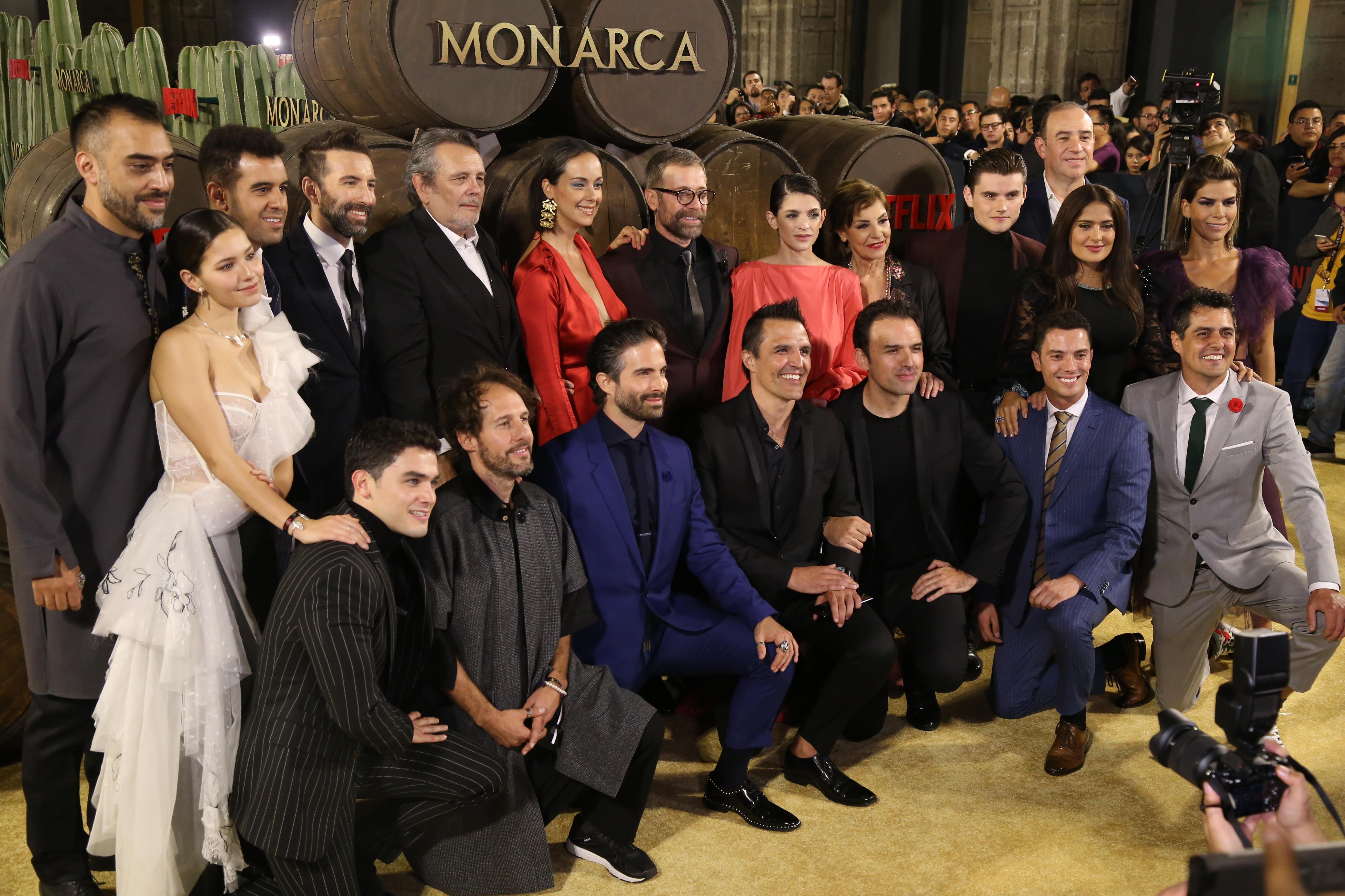 Elenco de Monarca