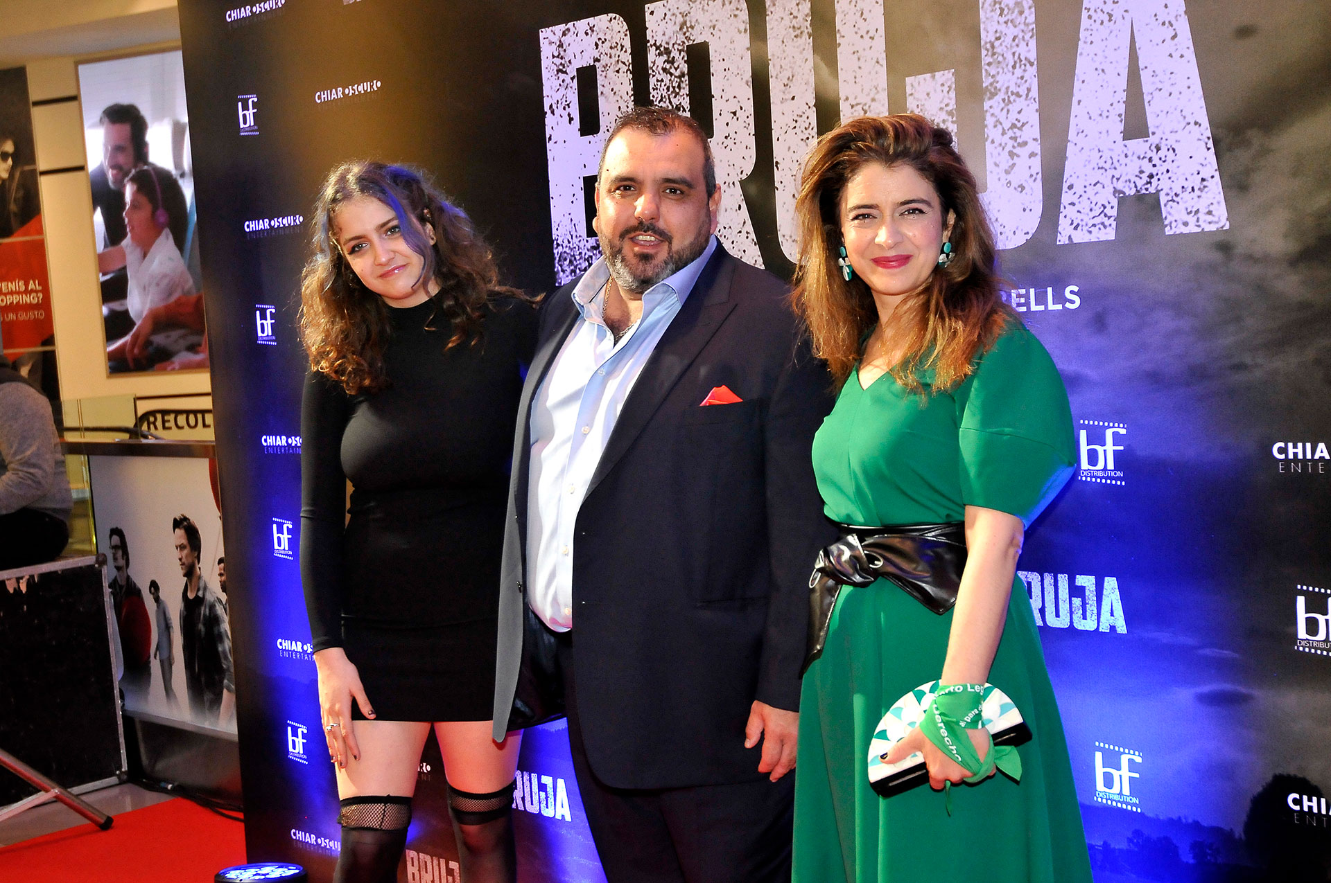 El director del filme Marcelo Páez Cubells junto a las protagonistas (Darío Batallan / Teleshow)