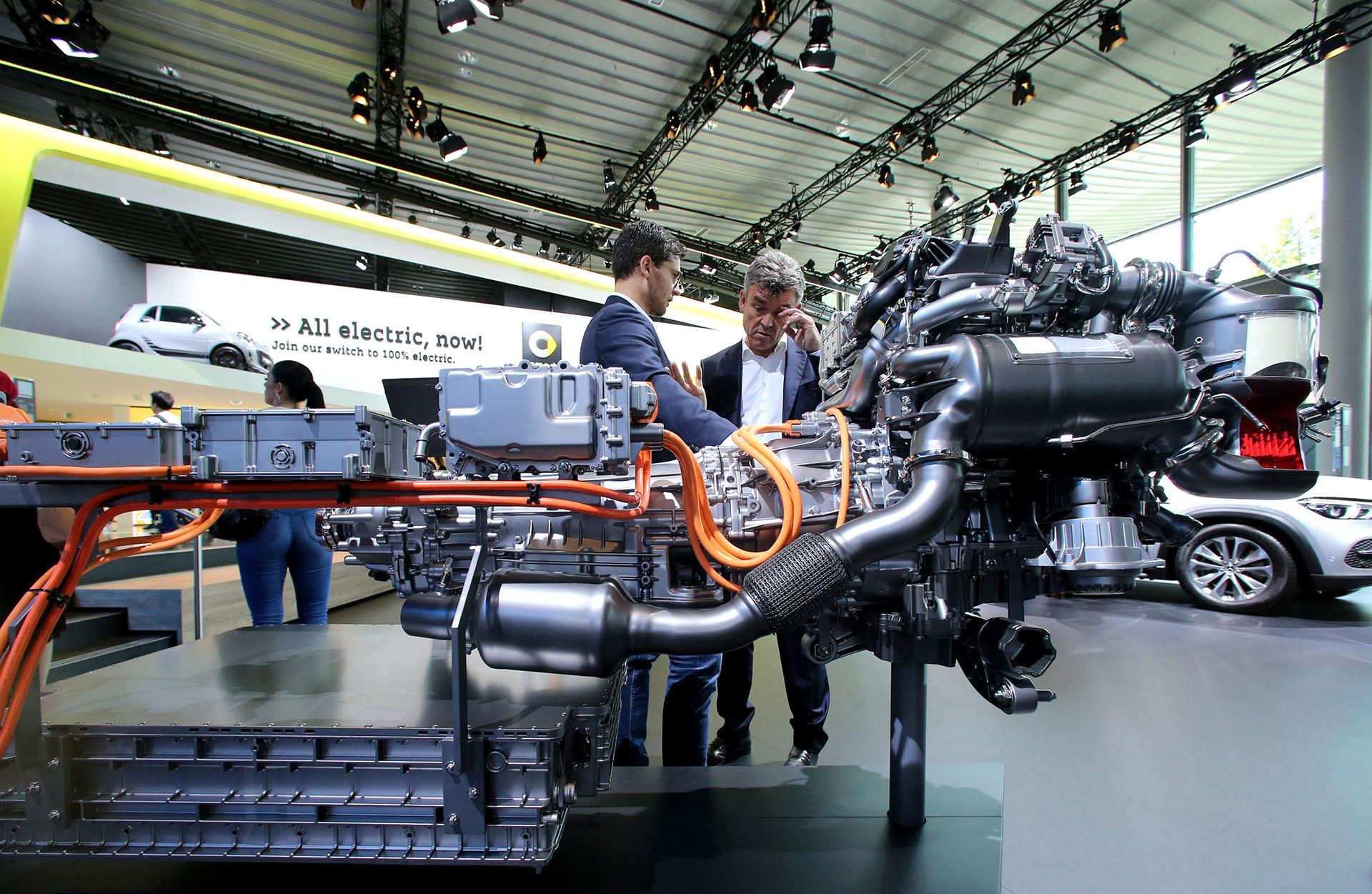El motor híbrido del Mercedes-Benz GLE 350 de 4MATIC