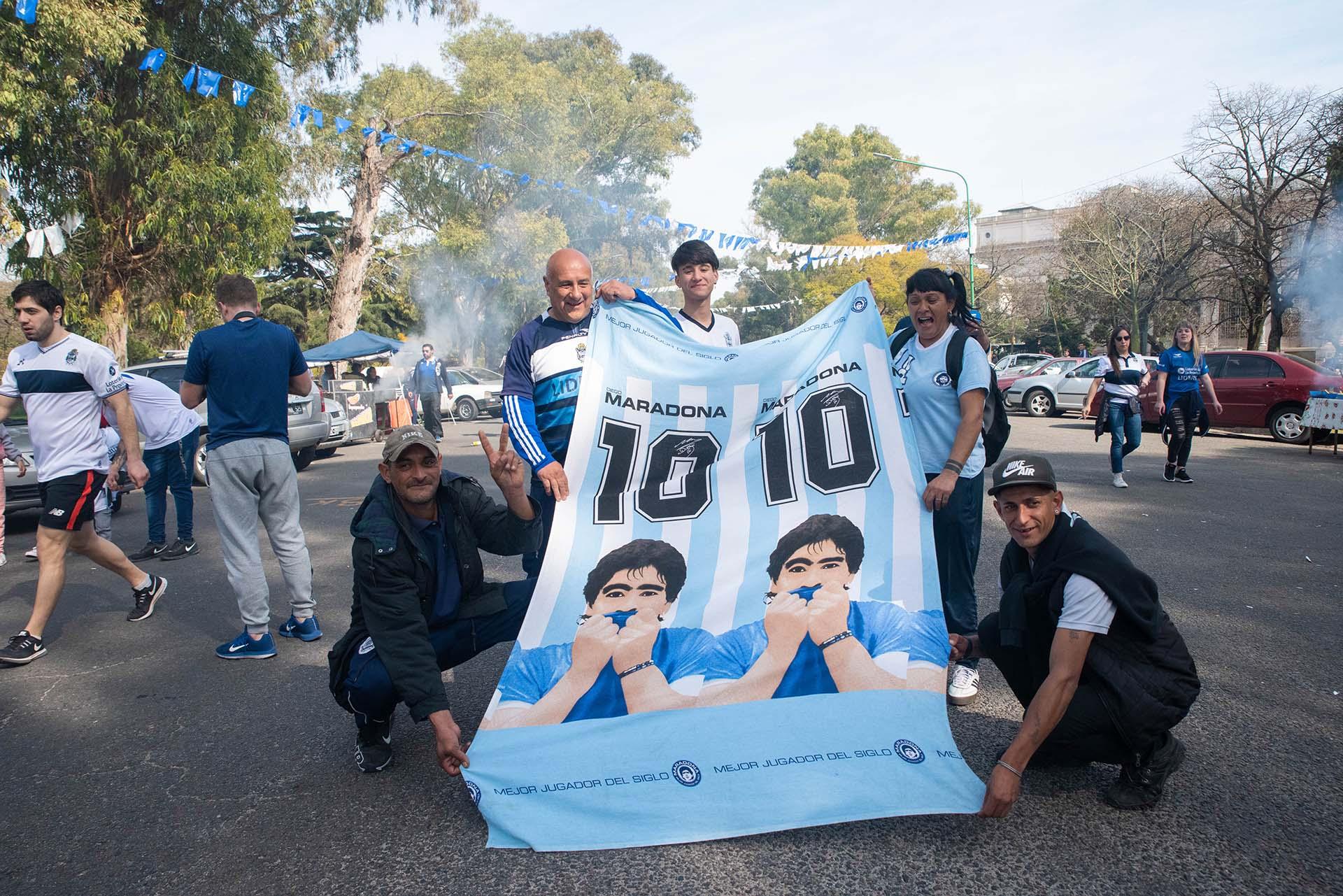 El 10, el nuevo número que se muestra en La Plata