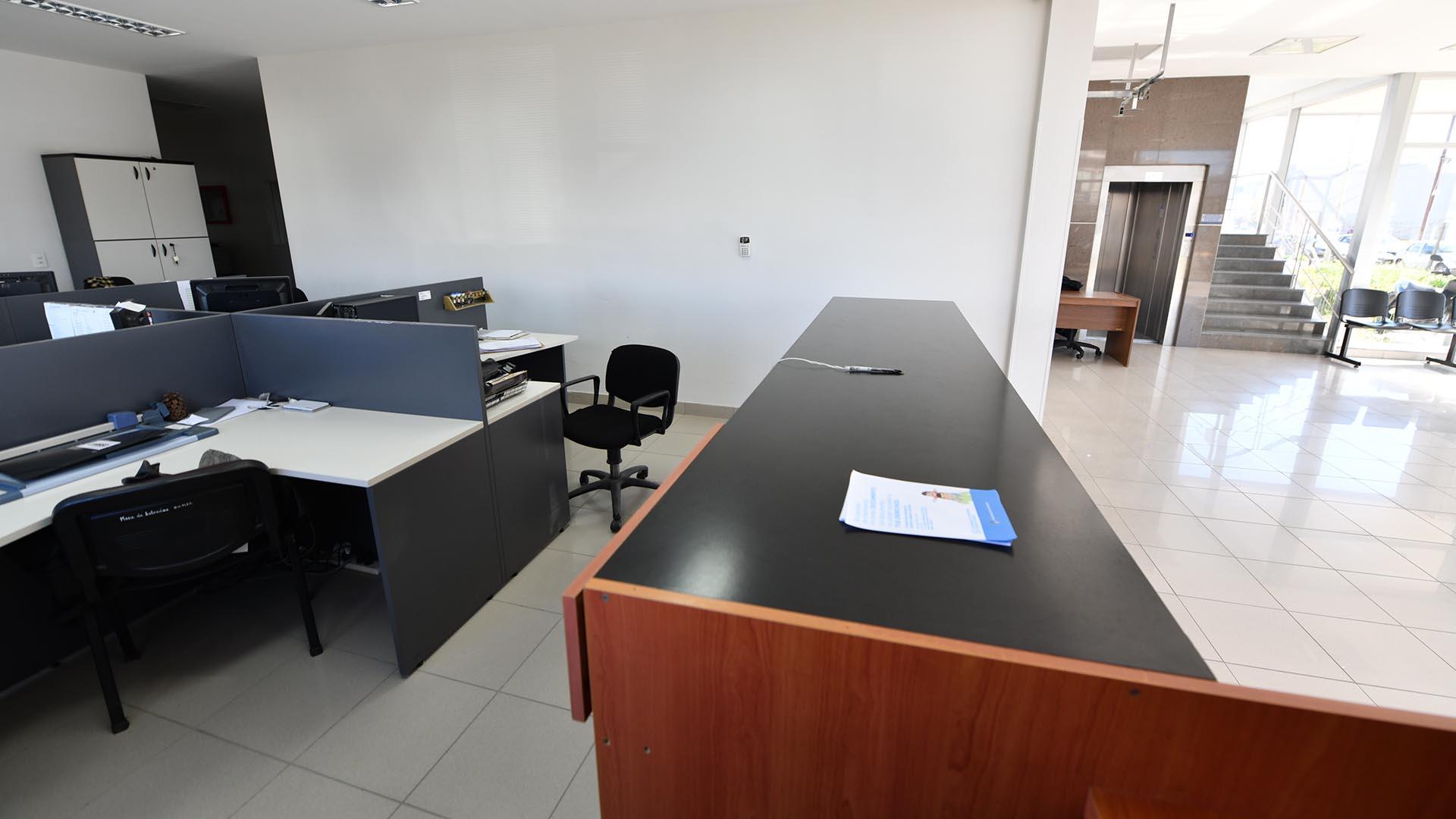 Casi no hay actividad en ninguna oficina pública desde hace varios días