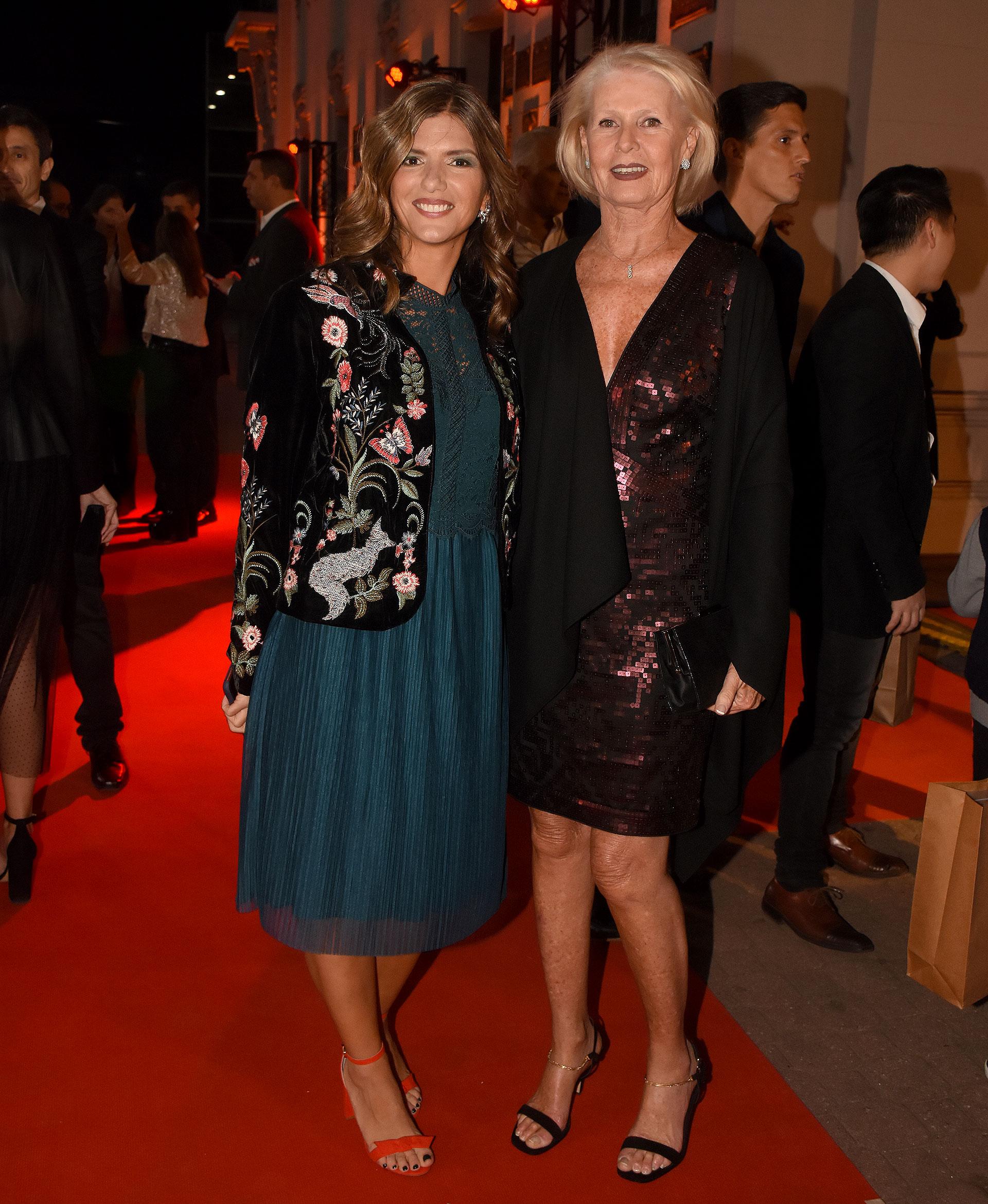 Dolores Irigoin y Patricia D'Onofrio