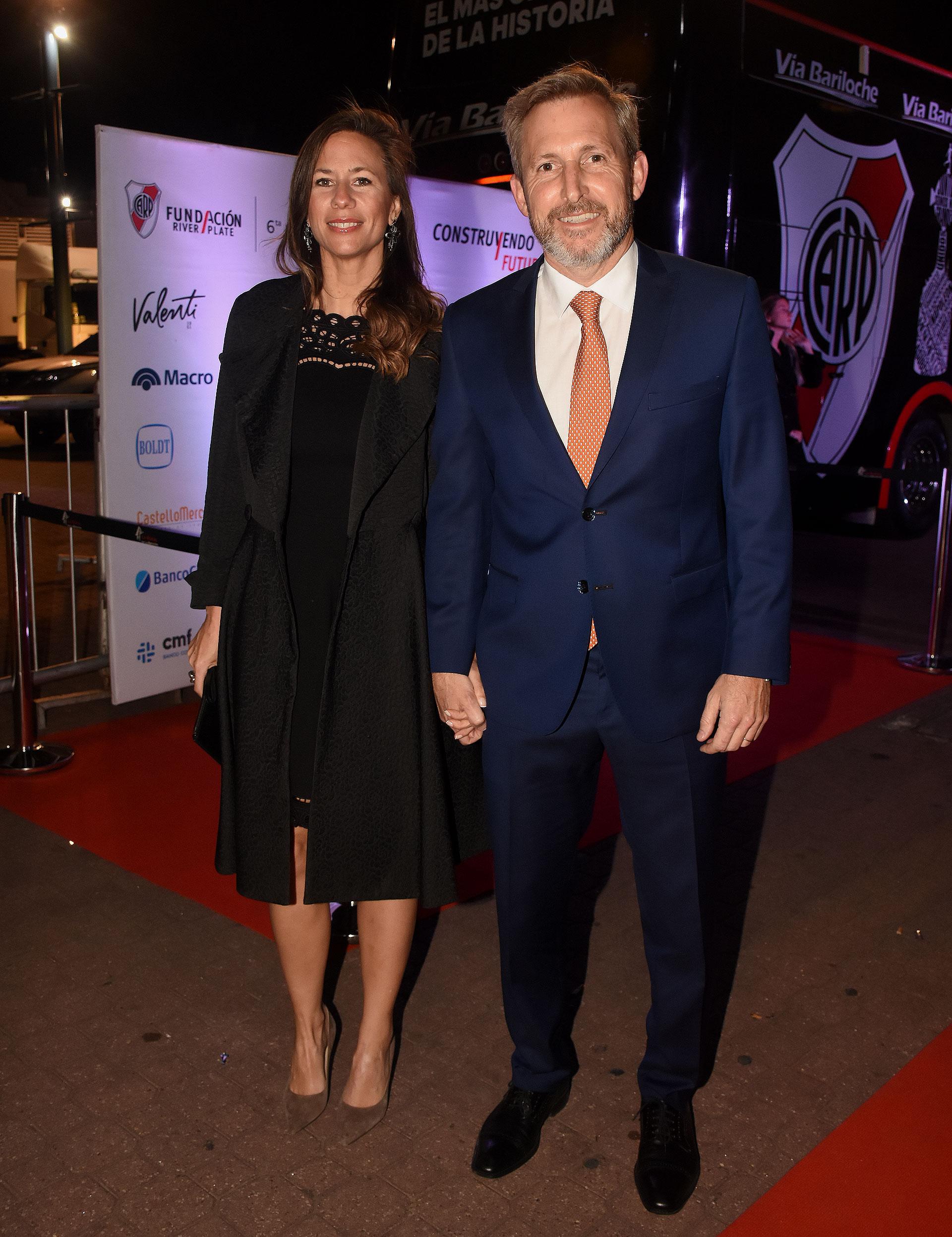 El ministro del Interior, Rogelio Frigerio, y su mujer Victoria Costoya en la gran cena a beneficio de la Fundación River, que se llevó a cabo en La Rural