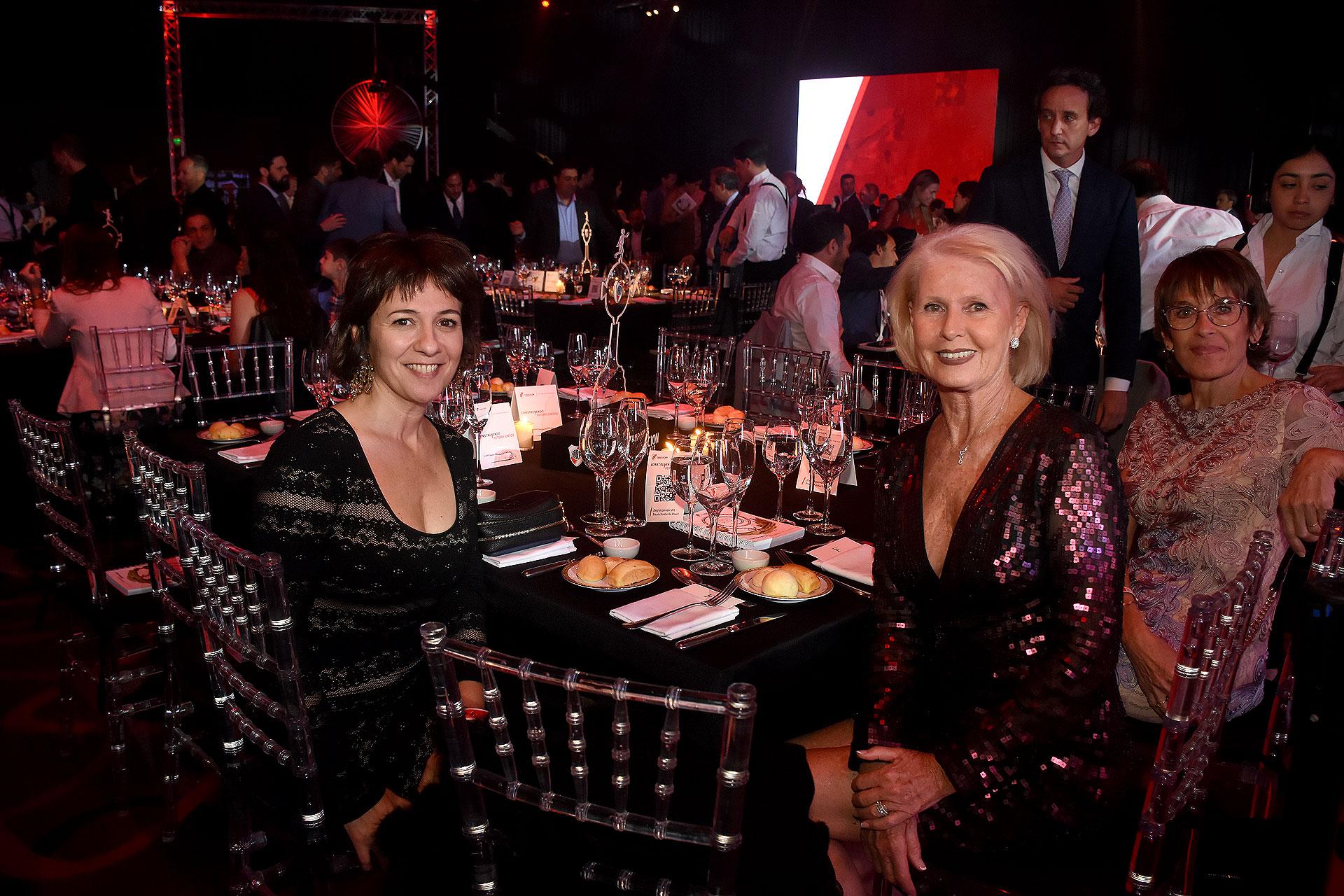 Josefina Manes y Patricia D'Onofrio
