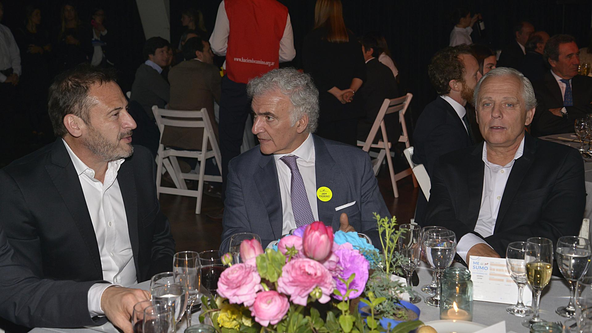 El abogado Alejandro Pérez Chada junto a Daniel Zanardi, gerente general de Artear