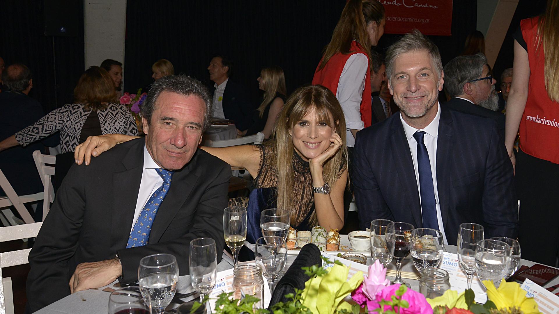 Luis Scalella, Flavia Palmiero y Horacio Cabak