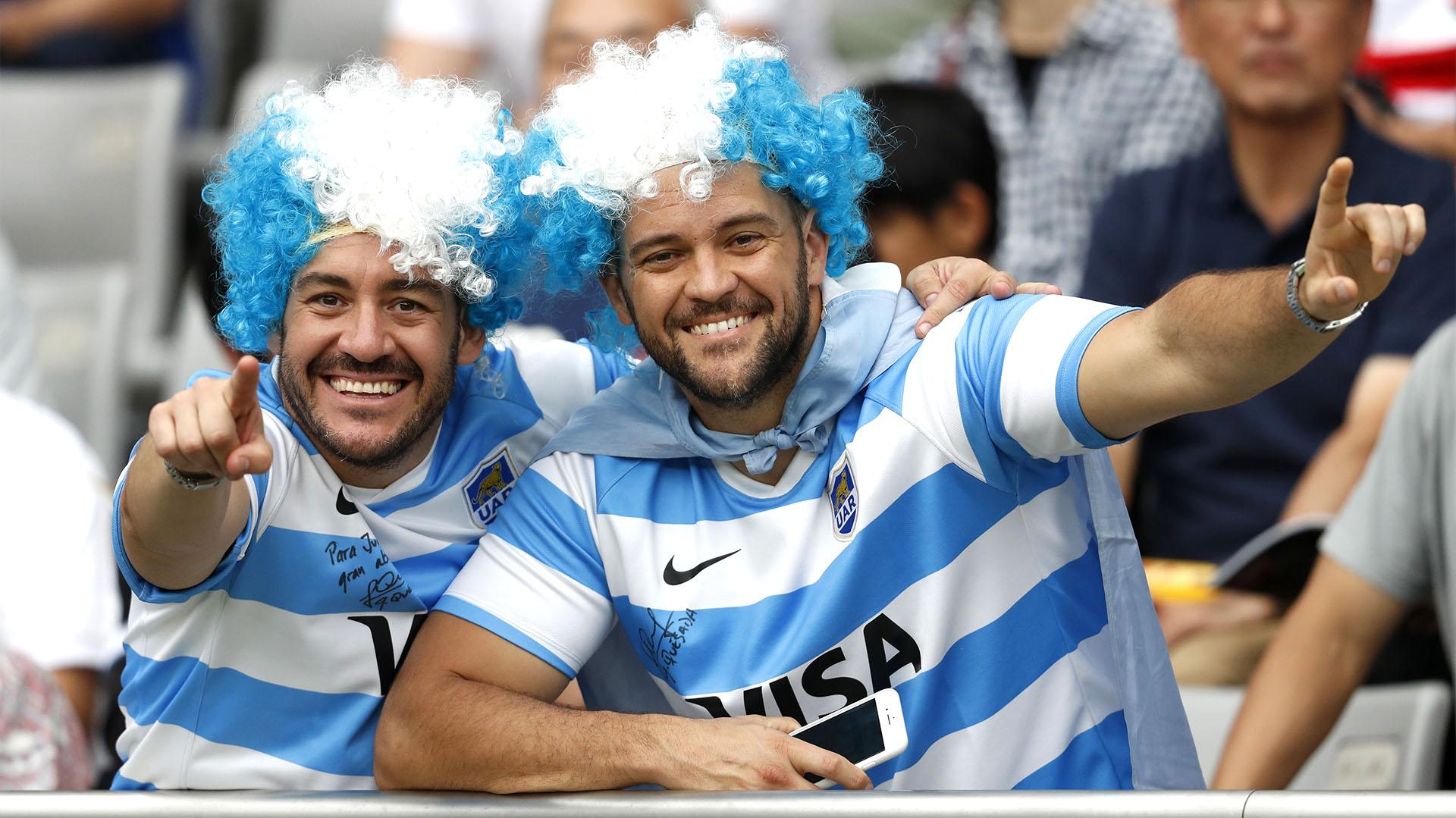 Los fanáticos de Los Pumas alentaron al equipo argentino en el Tokyo Stadium (REUTERS/Matthew Childs)