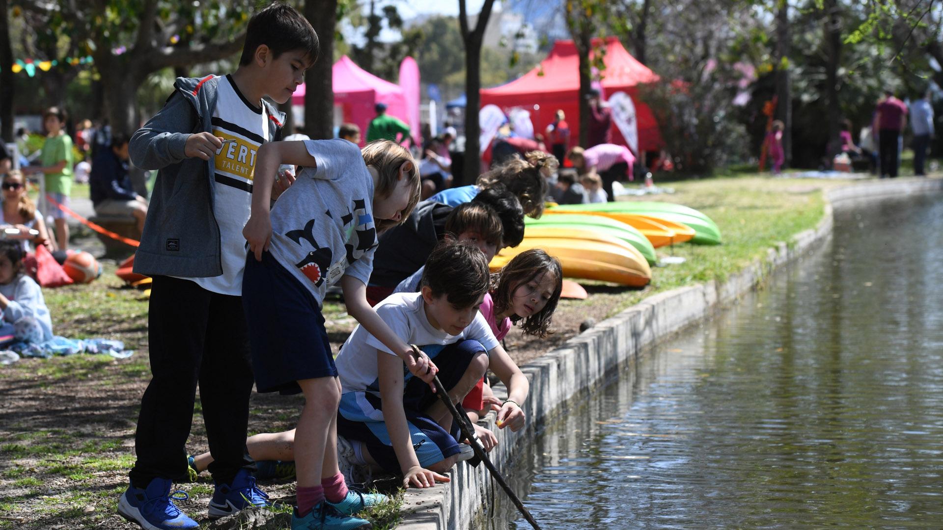 Para los más aventureros, en el Club Ciudad, una de las actividades que podían hacer era Kayak