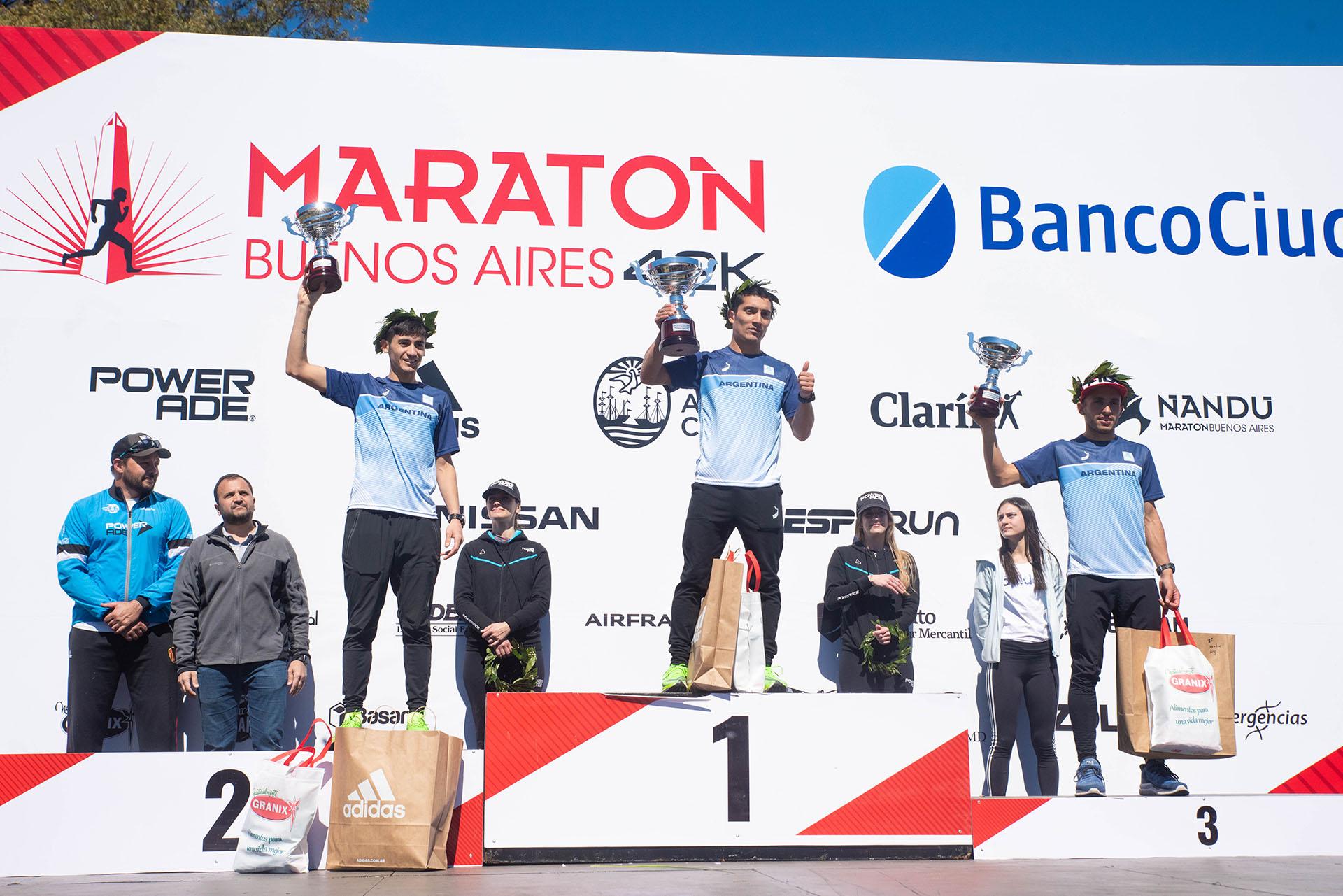 El podio de los competidores argentinos