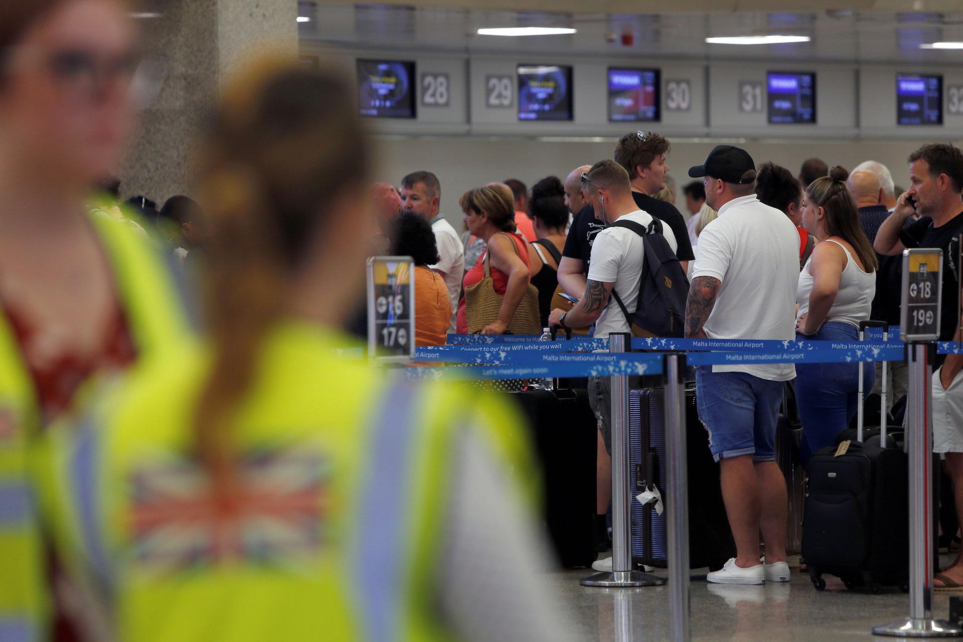 Las filas en el aeropuerto de Malta