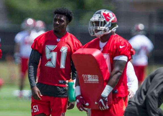 huge selection of 9804c 7d19d Bucs rookie Kendell Beckwith played at Lambeau last year