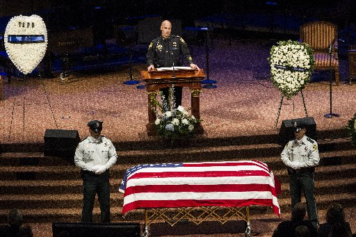 Tarpon Springs police Capt. Jeffrey Young reflects on his friend, slain Officer Charles Roger Kondek, during the memorial service in 2014 at Idlewild Baptist Church in Lutz. [Times (2014)]