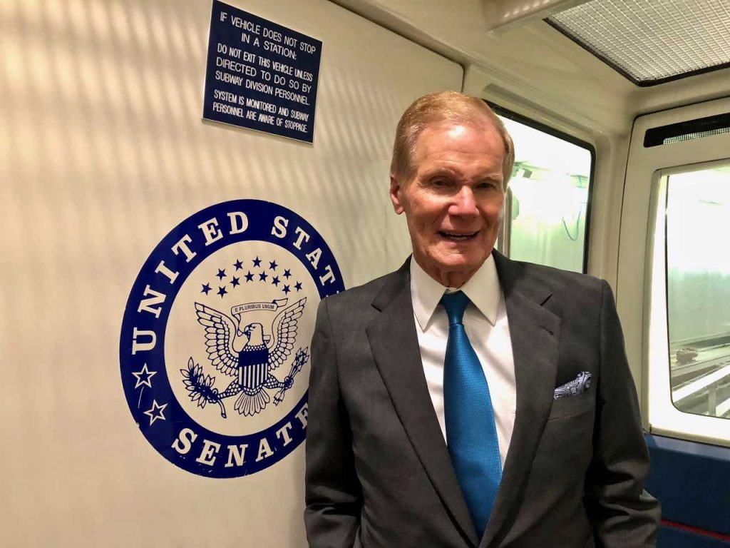 Sen. Bill Nelson rides the Capitol subway on April 18. [ALEX LEARY | Tampa Bay Times]