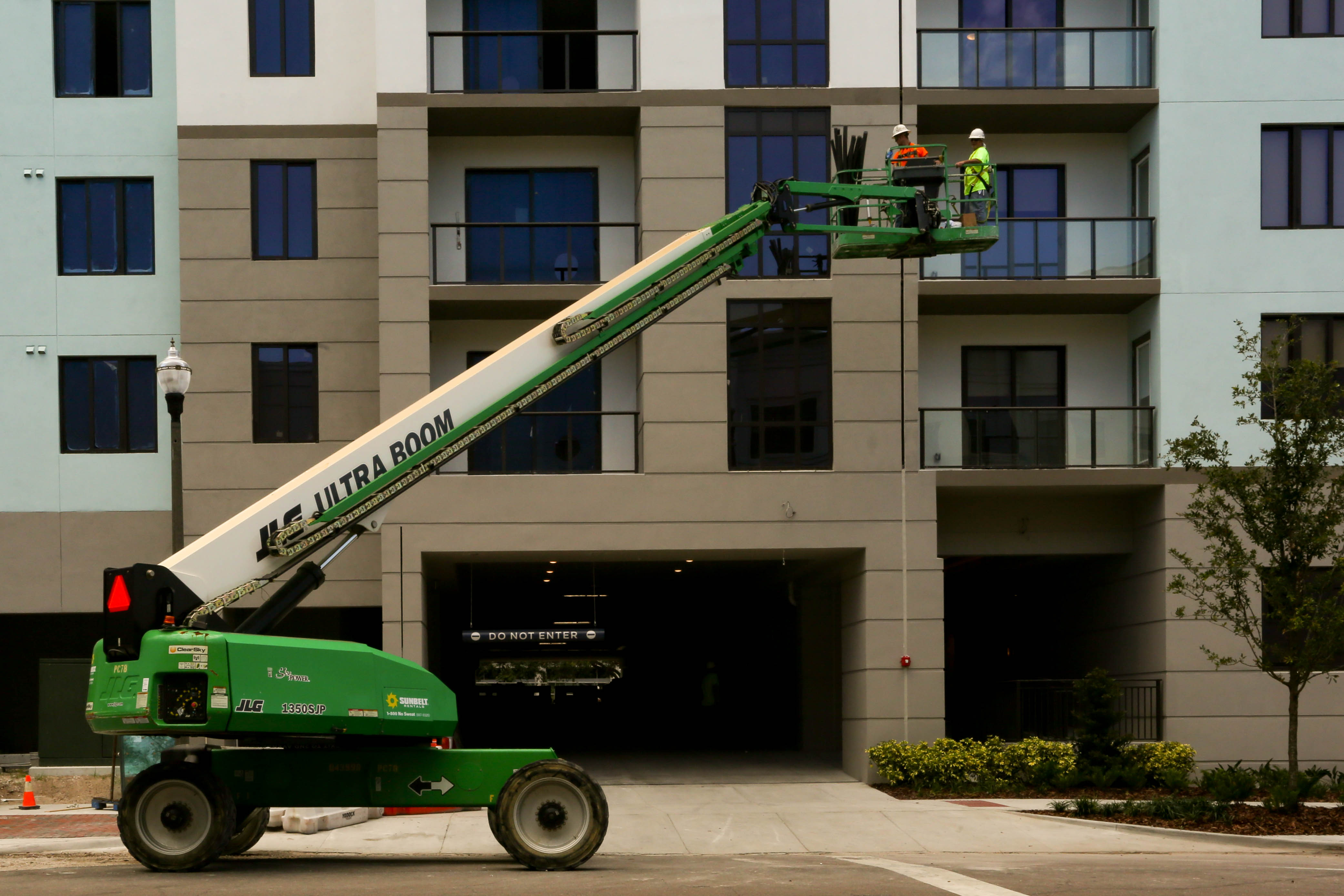 Construction in Tampa Bay is booming, right? Actually, it's