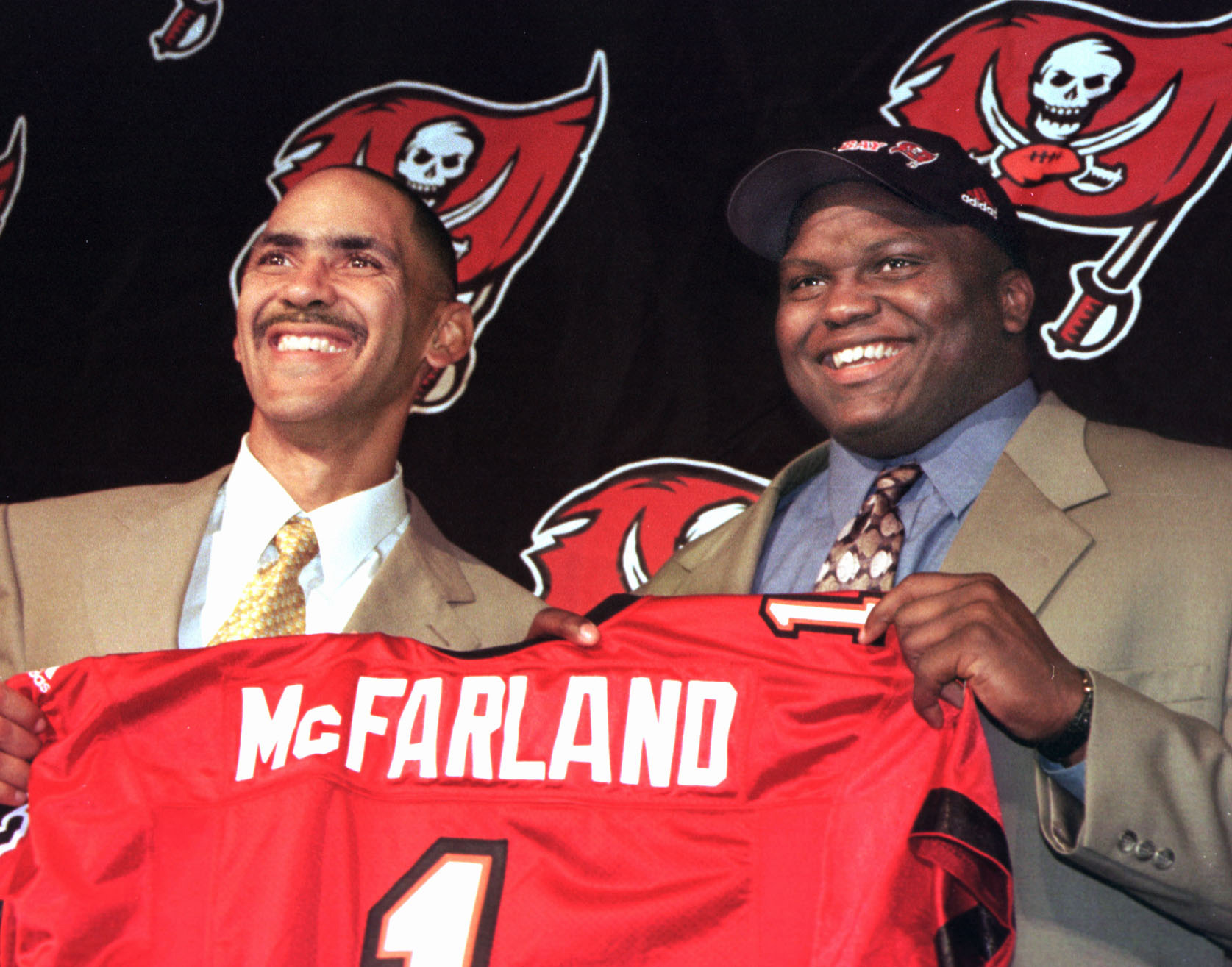 innovative design fd8ed 04ddd McFarland on FitzMagic: 'Play the guy with the hot hand'