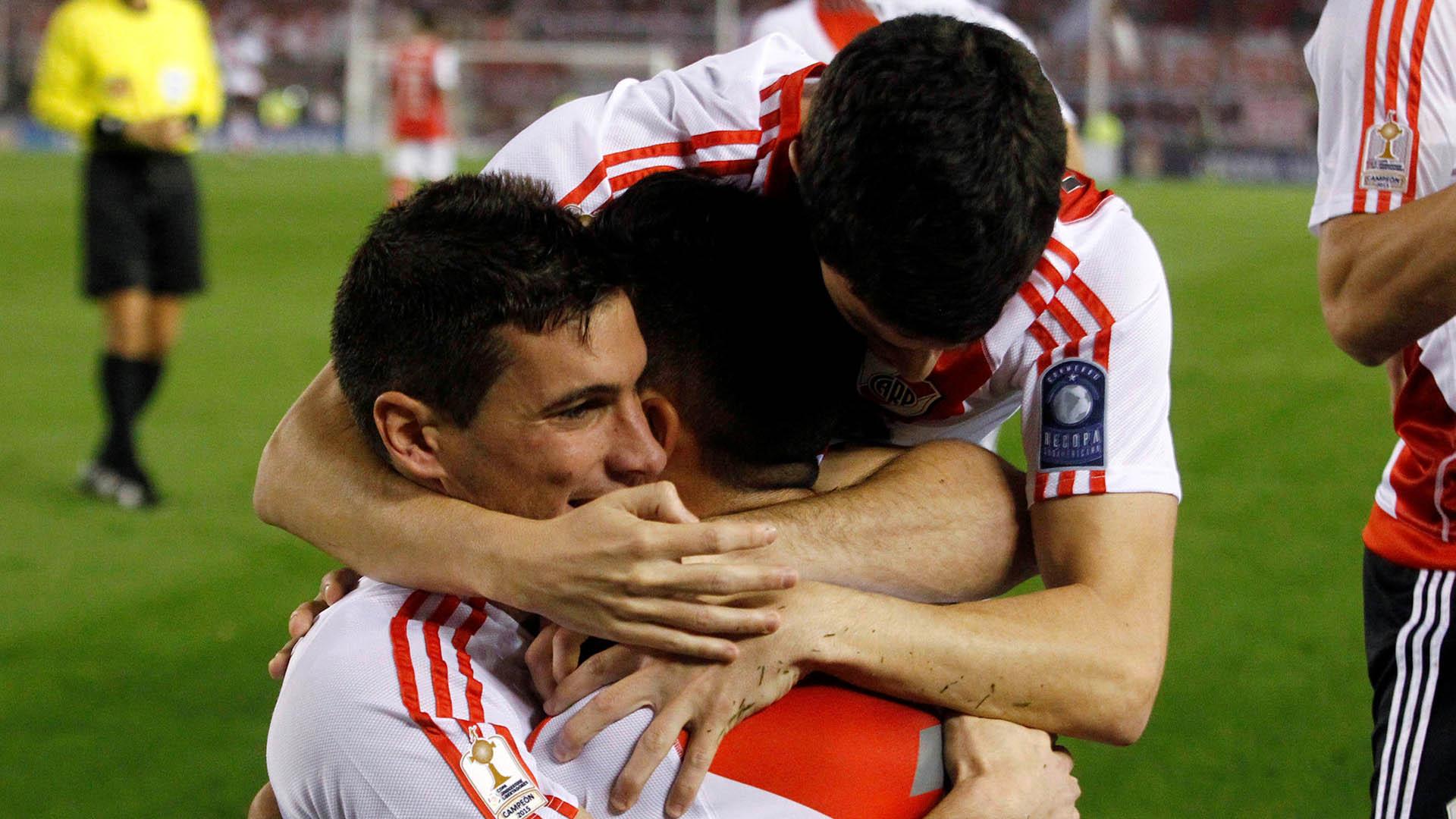 Alario y Driussi, los goleadores de una noche soñada para River (Reuters)