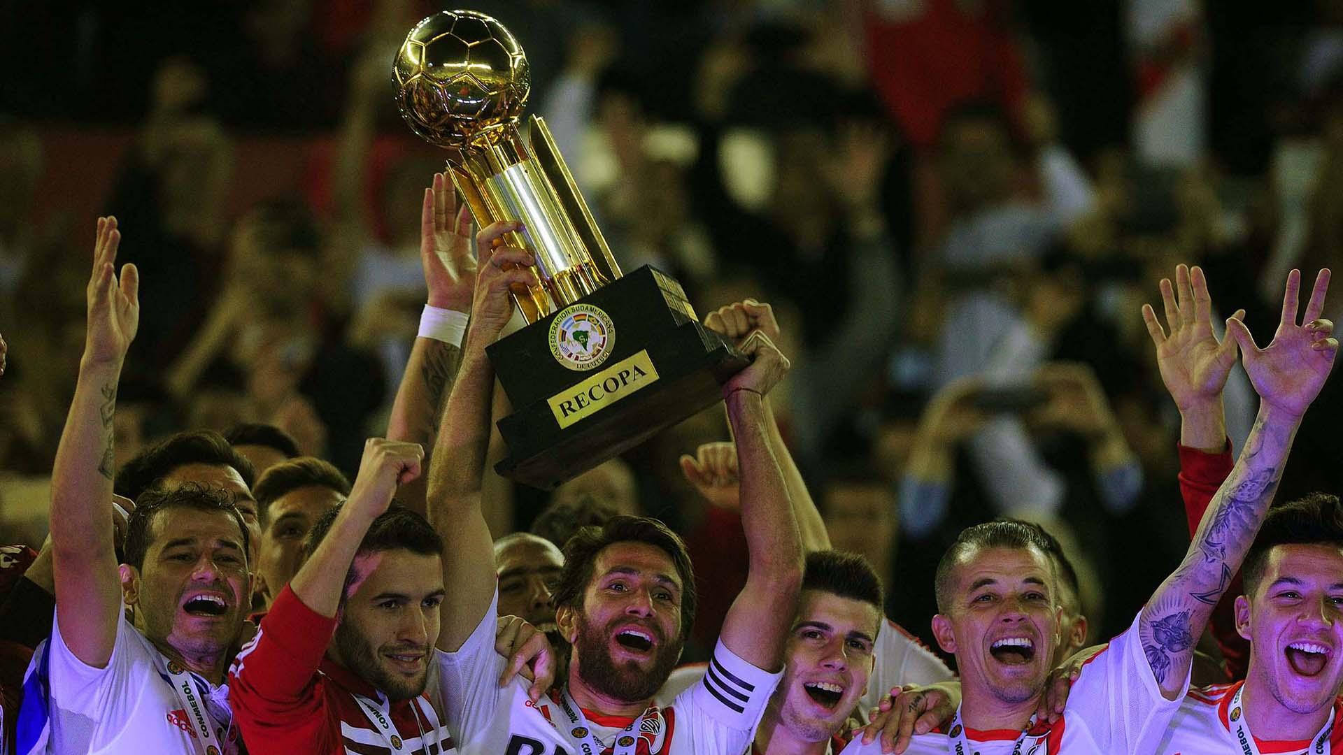 En total, River suma 56 campeonatos logrados a lo largo de la historia (Télam)