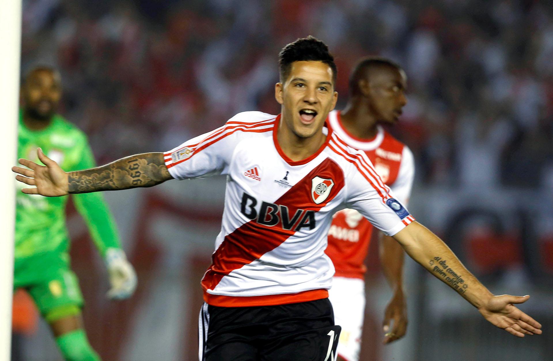 Sebastián Driussi celebra el primer gol de River en el inicio de partido (Reuters)