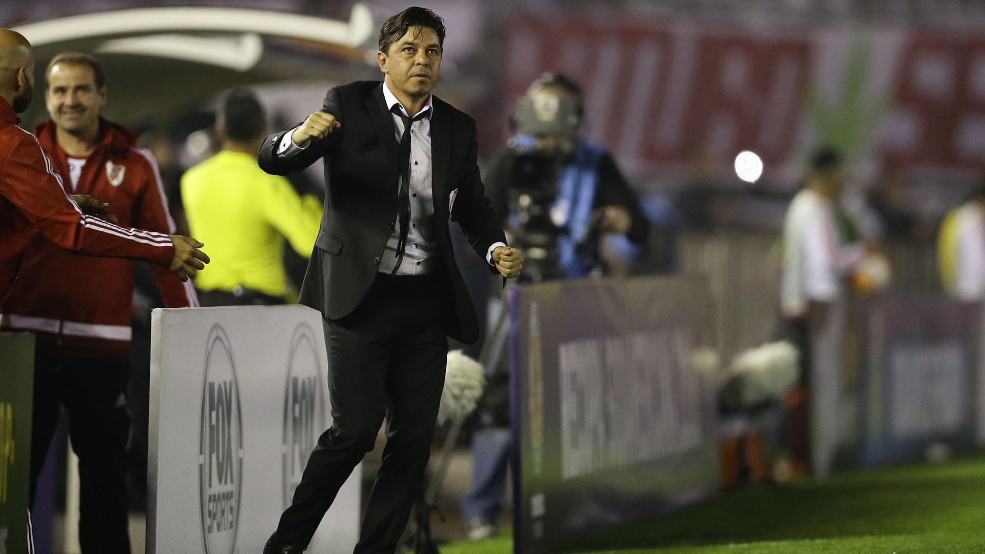 Puño apretado de Marcelo Gallardo en el momento en que River abrió el marcador(AP)