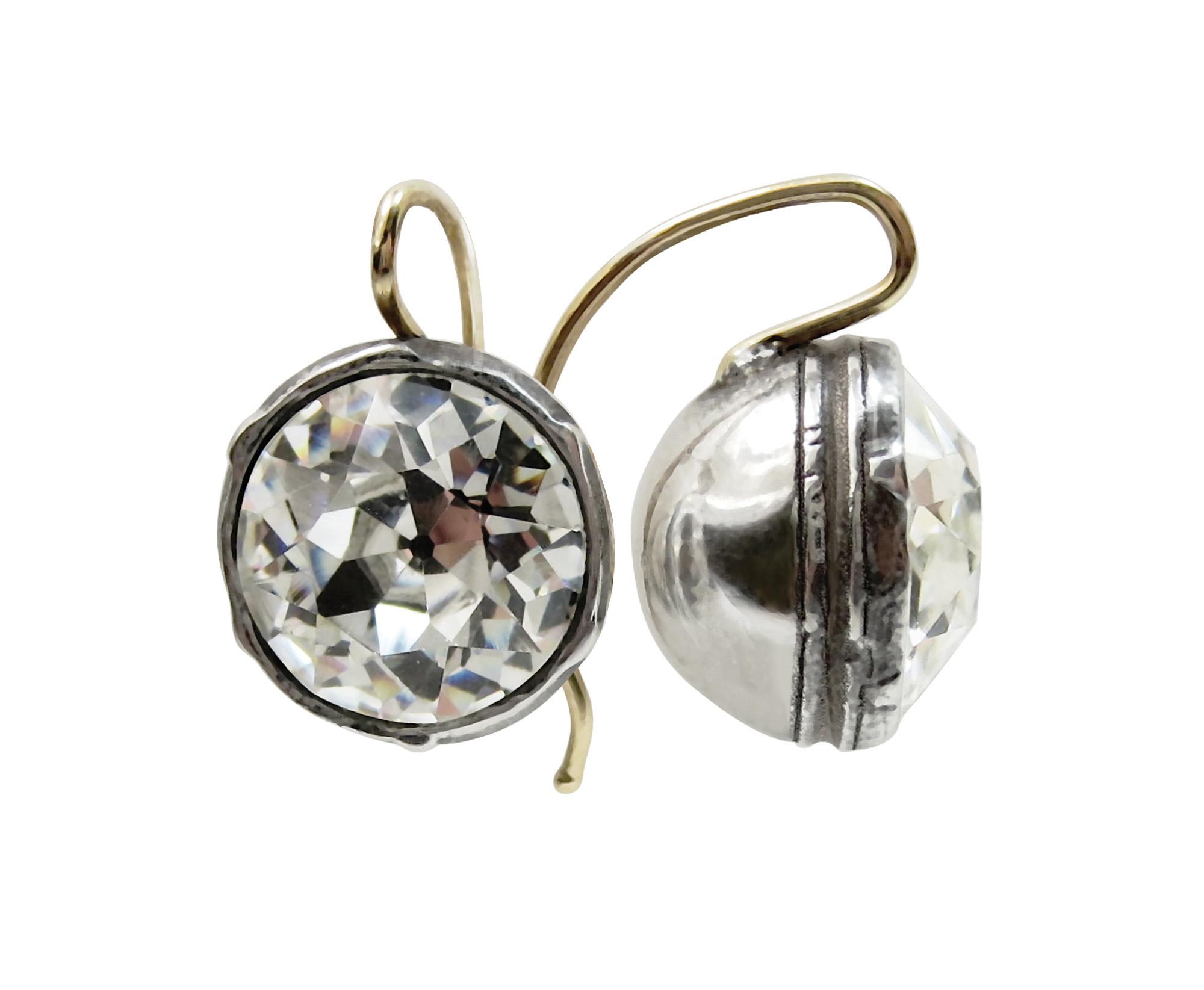 Maloy_headlight-earrings_SR