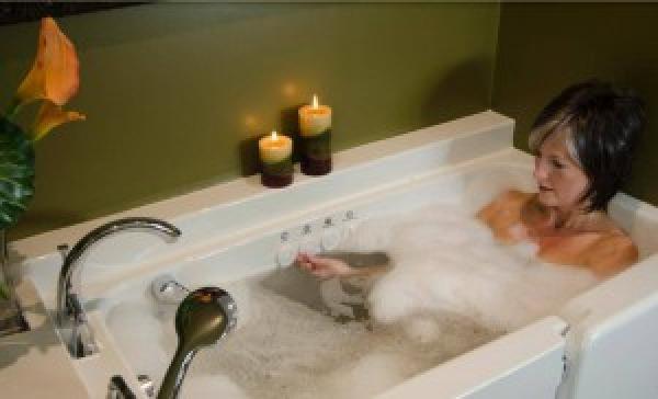 Image walk in tub