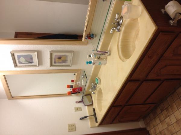 Image Existing bathroom - 2