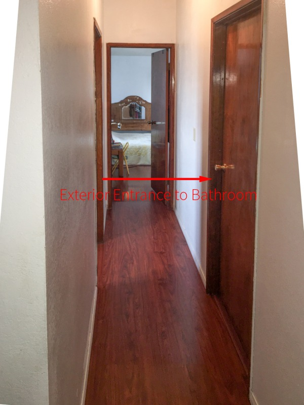 Image picture of hallway wit...