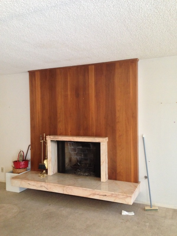 Image opposite view of credenza