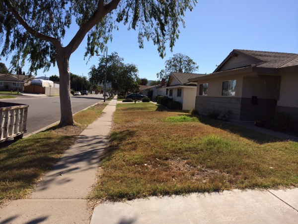 Image front yard view from d...