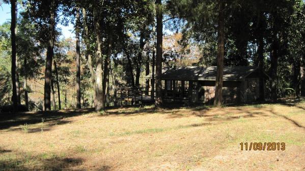 Image Creekside cabin (1)